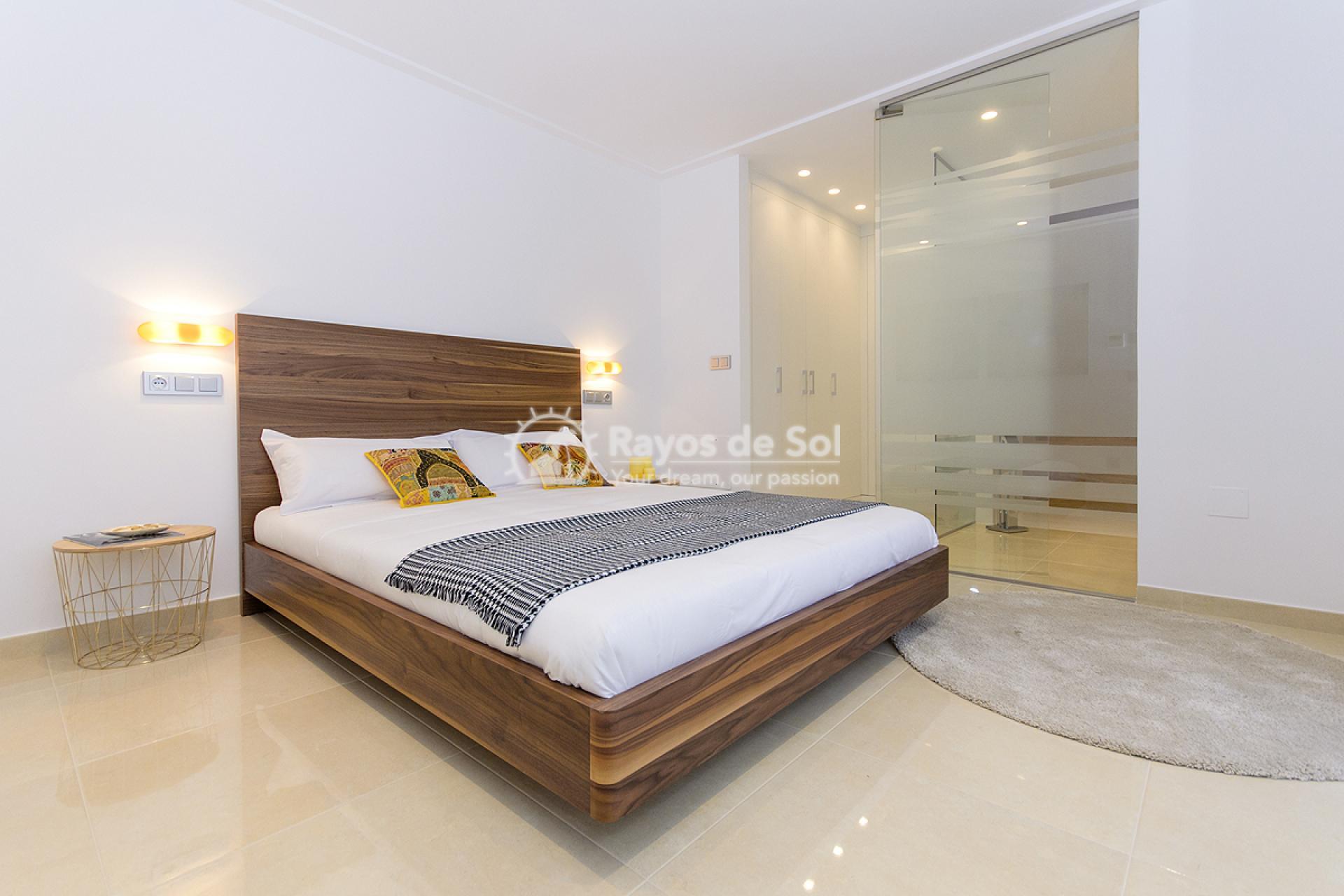 Villa  in Villamartin, Costa Blanca (VISUVI103-4) - 20