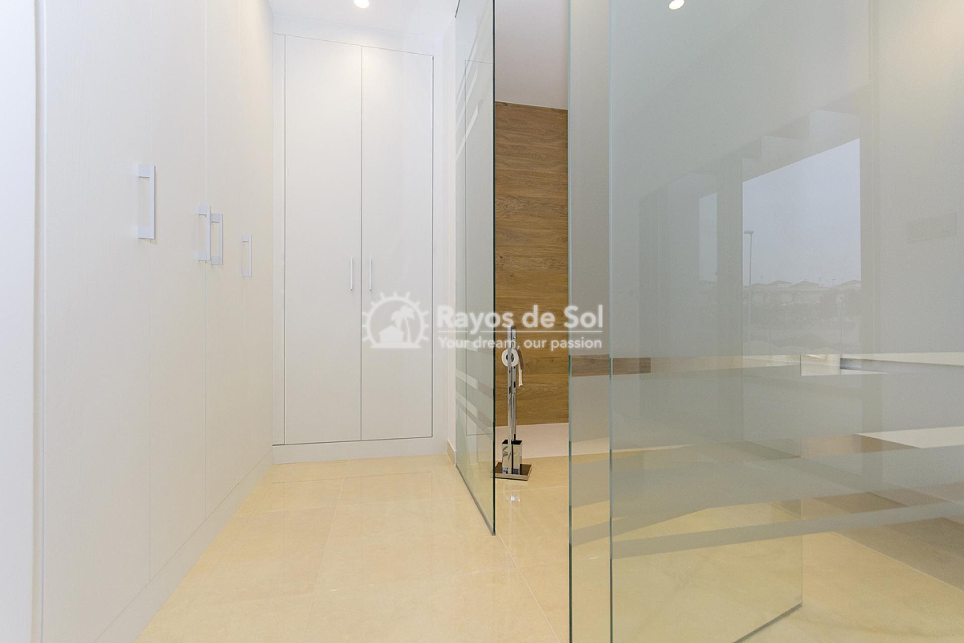 Villa  in Villamartin, Costa Blanca (VISUVI103-4) - 22
