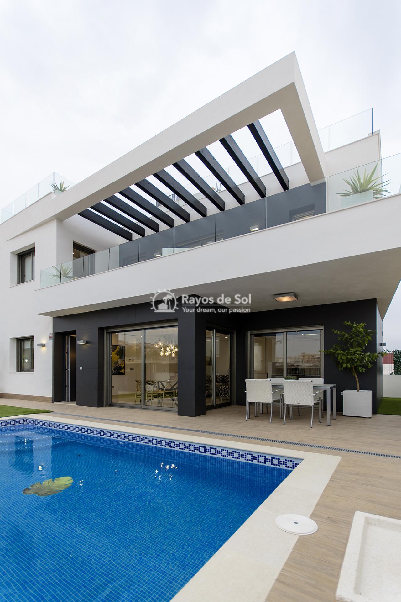 Villa  in Villamartin, Costa Blanca (VISUVI103-4) - 1