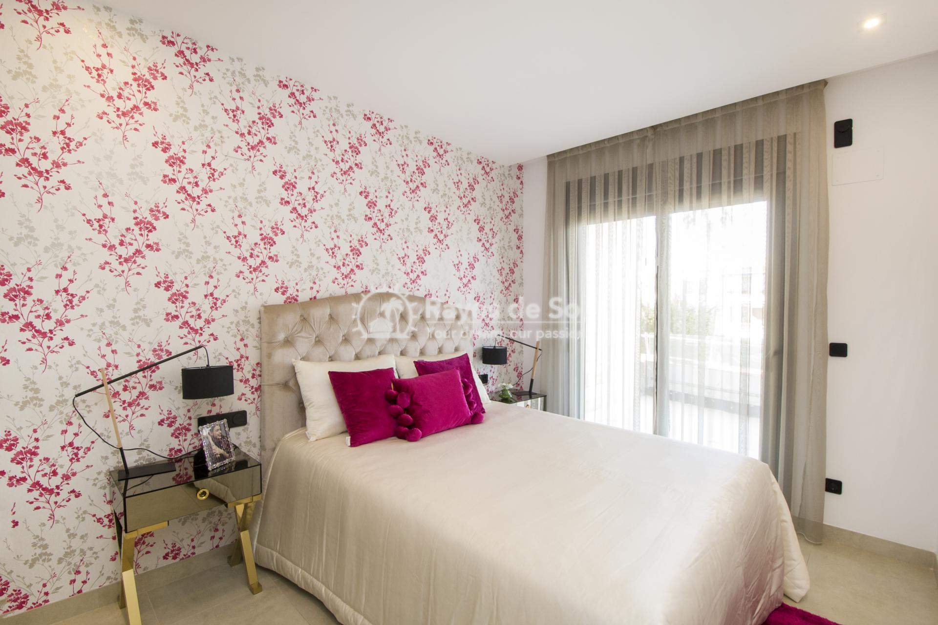 Beautiful penthouse  in Villamartin, Costa Blanca (VITRMU3-2P) - 11