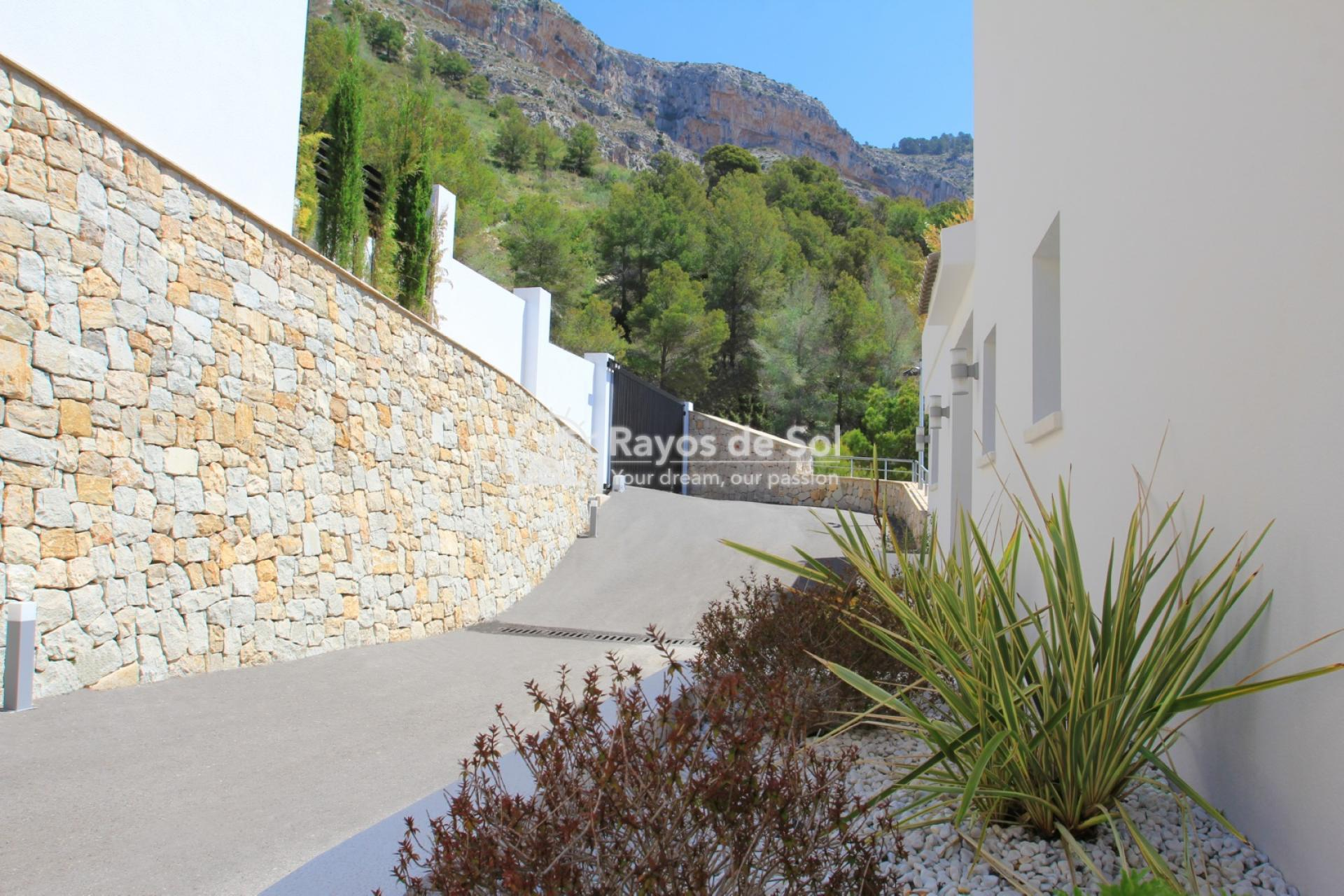 Villa  in Altea, Costa Blanca (ALVAAZ) - 4