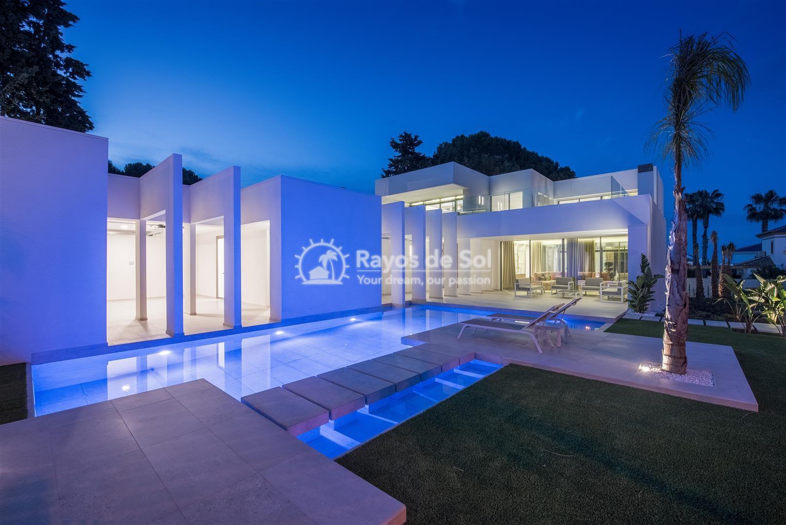 Keyready villa  in Villamartin, Costa Blanca (VIMAVI) - 3