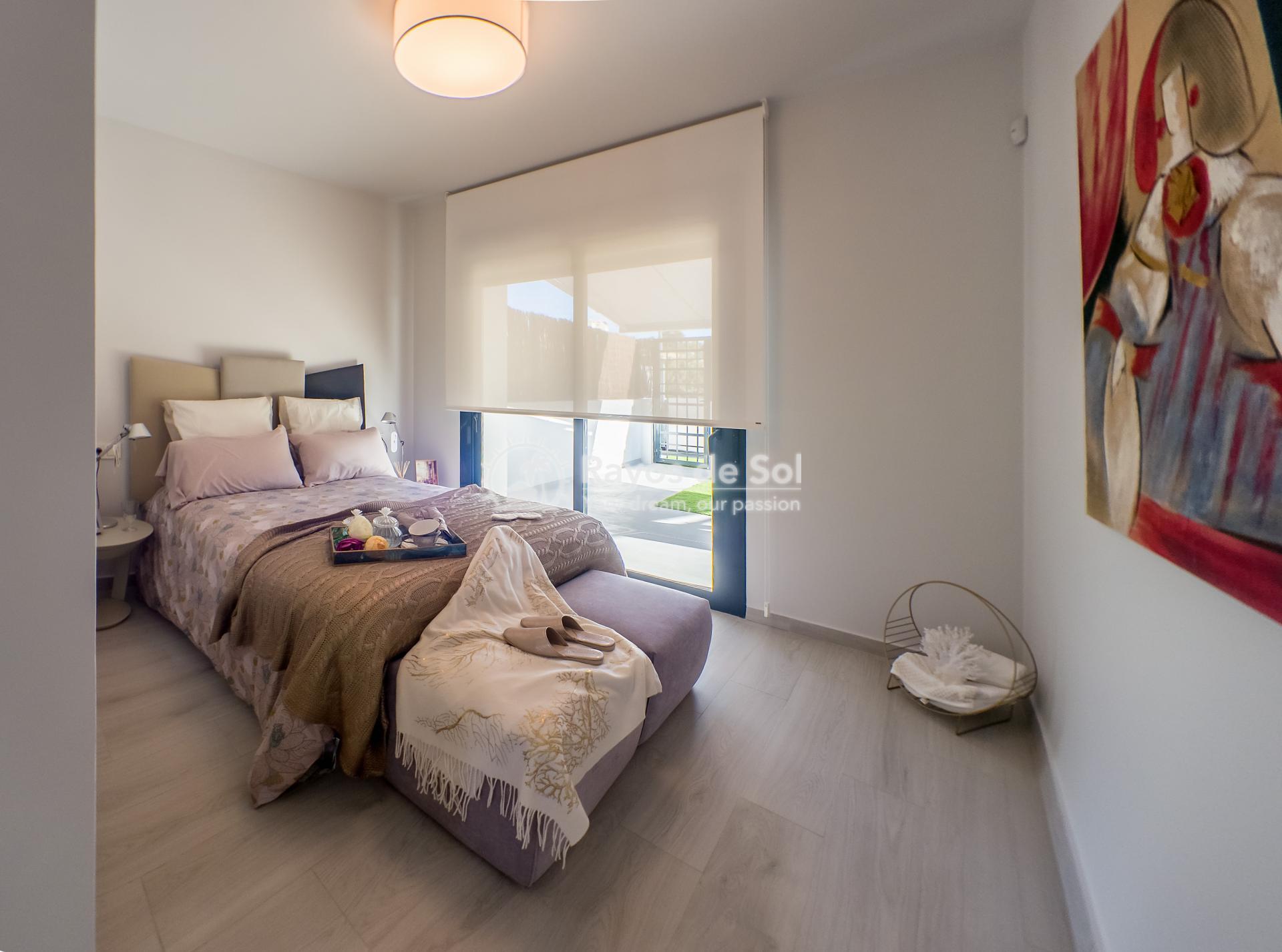 Ground floor apartment  in Villamartin, Costa Blanca (VIPASO3-2B) - 9