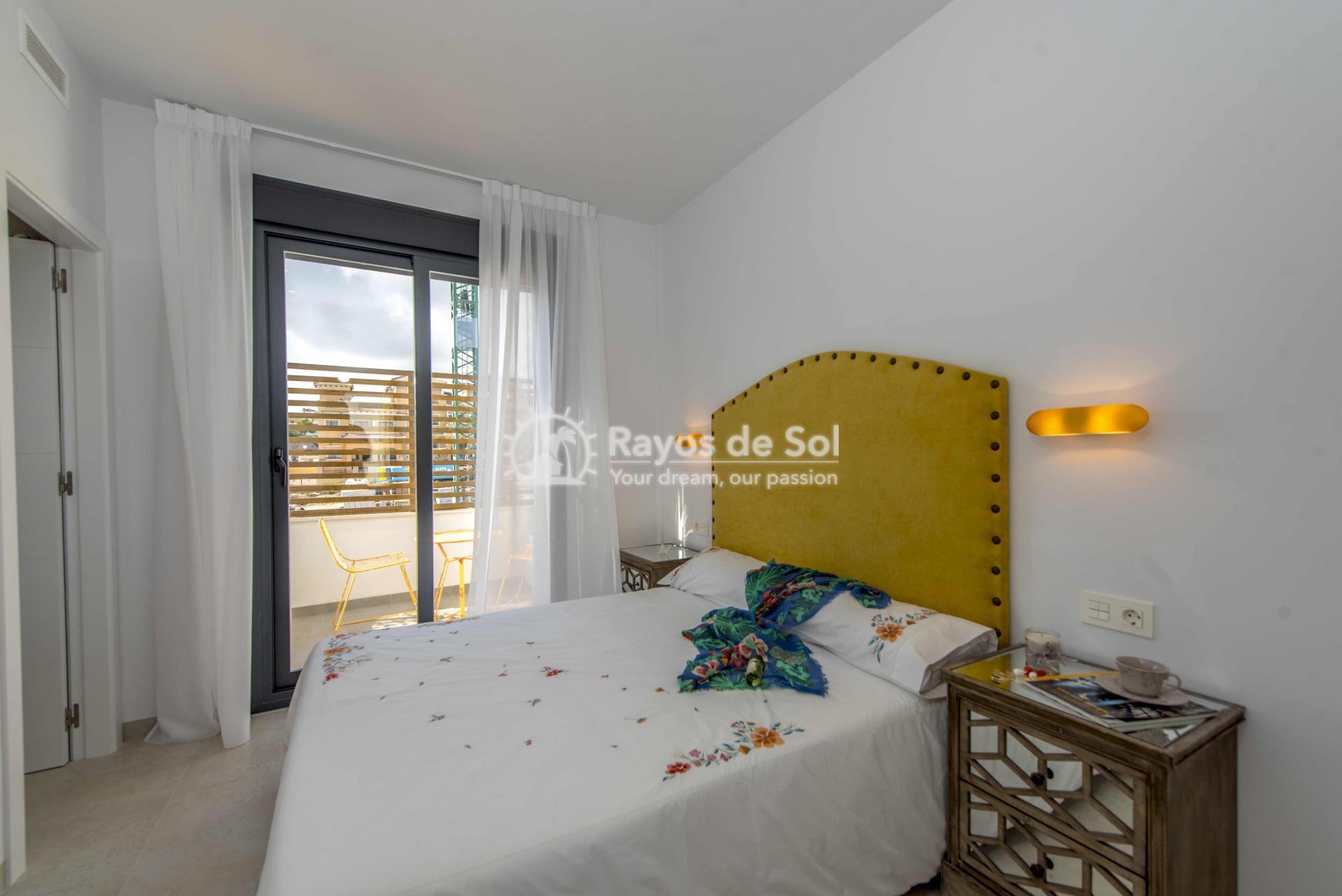 Modern villa  in Villamartin, Costa Blanca (VIHEH3-3) - 14