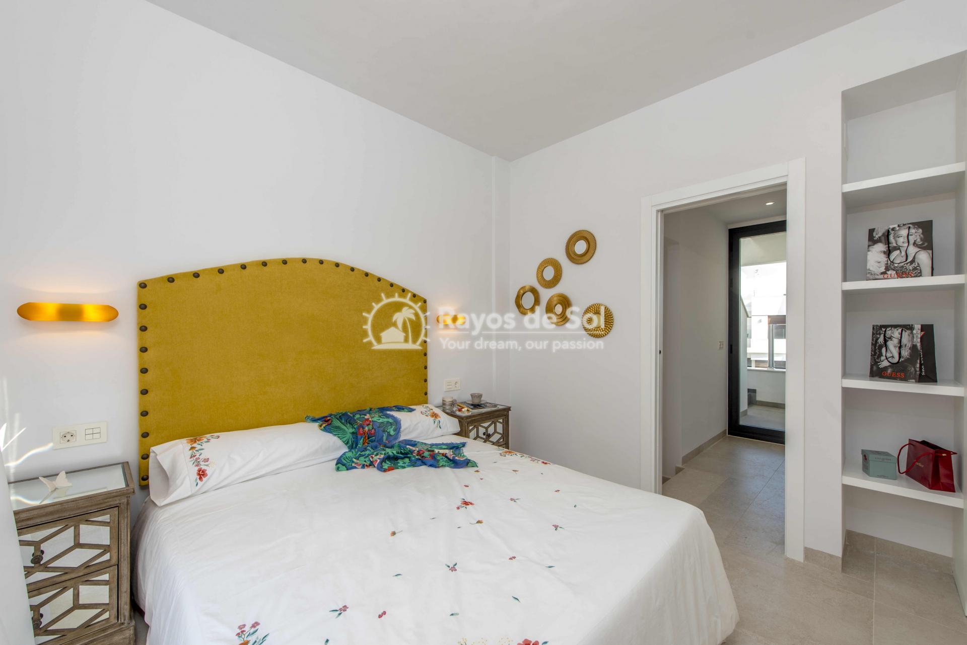 Modern villa  in Villamartin, Costa Blanca (VIHEH3-3) - 15
