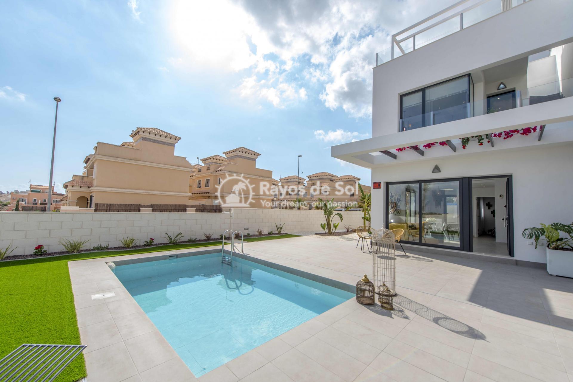 Modern villa  in Villamartin, Costa Blanca (VIHEH3-3) - 33