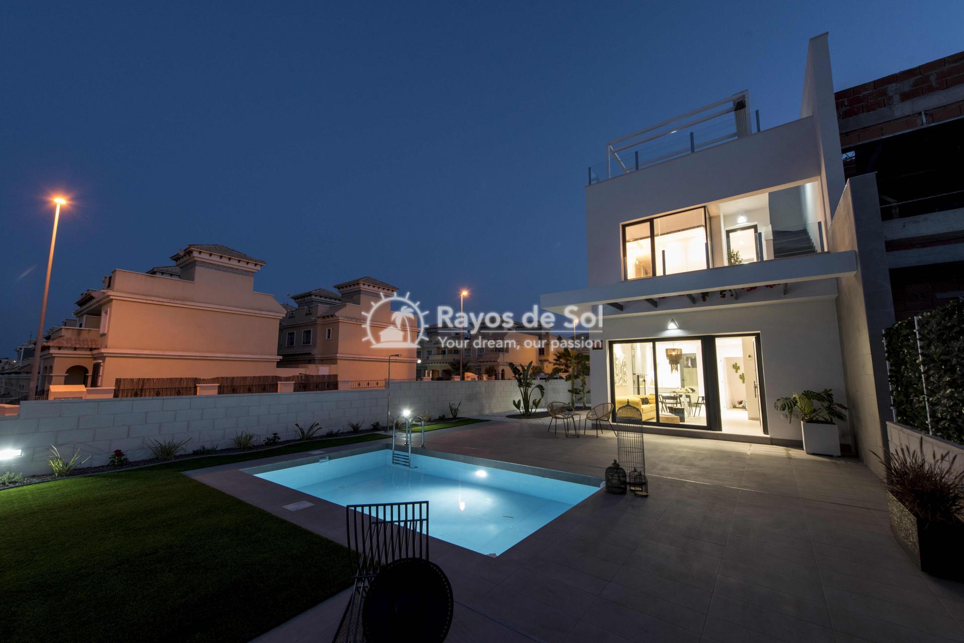 Modern villa  in Villamartin, Costa Blanca (VIHEH3-3) - 34
