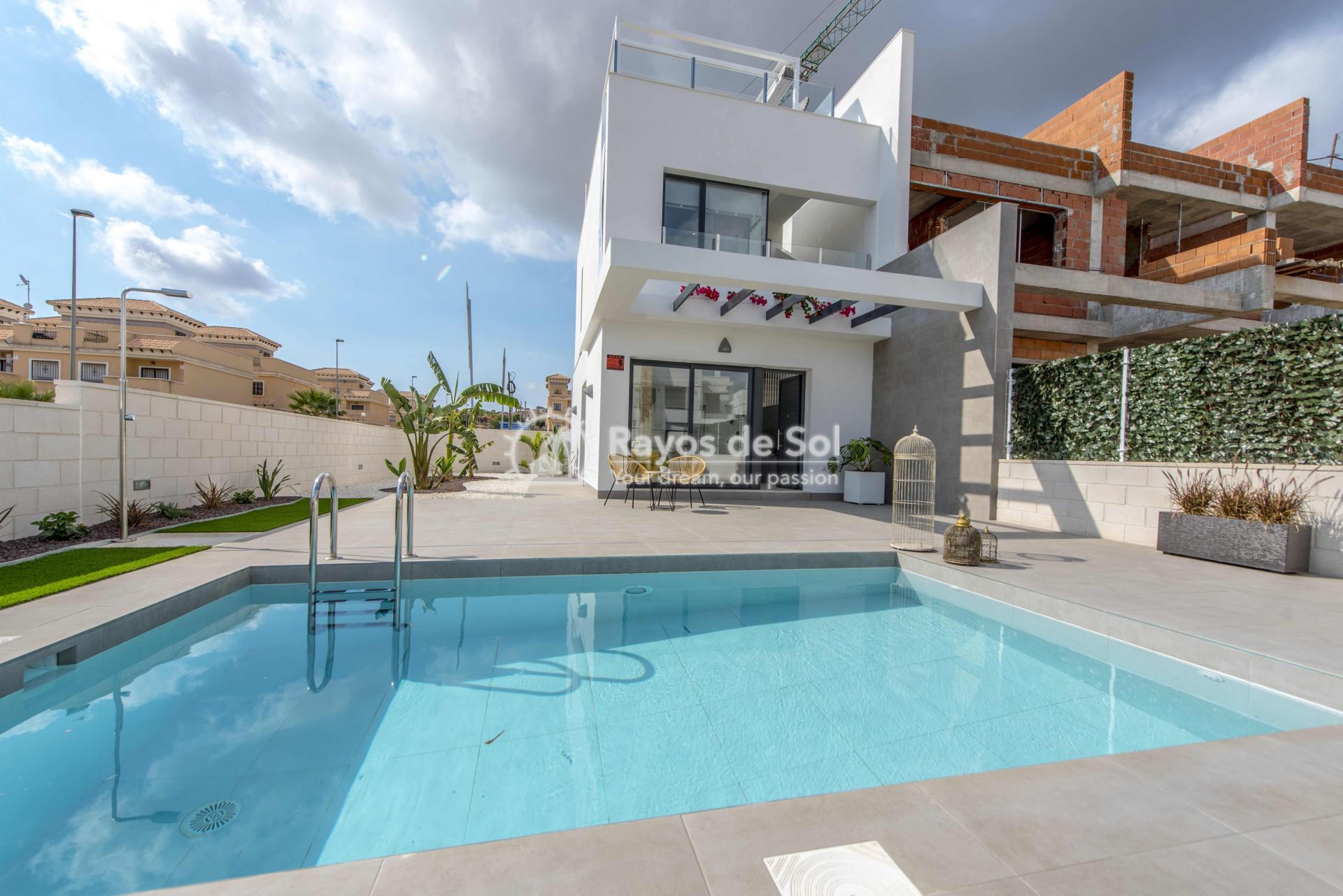Modern villa  in Villamartin, Costa Blanca (VIHEH3-3) - 2