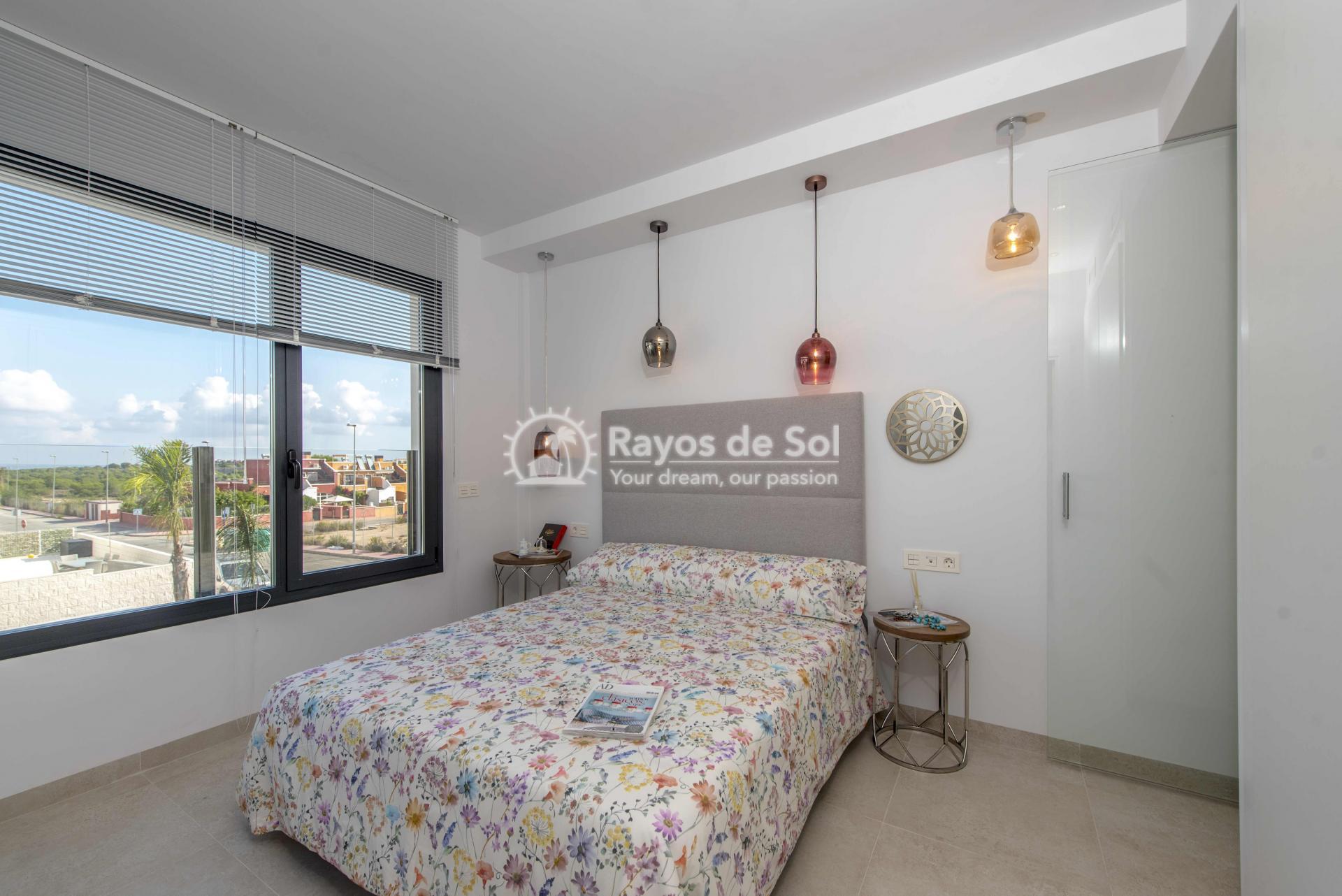 Modern villa  in Villamartin, Costa Blanca (VIHEH3-3) - 25