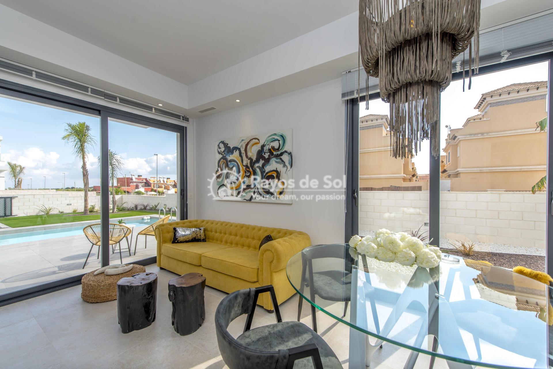 Modern villa  in Villamartin, Costa Blanca (VIHEH3-3) - 7