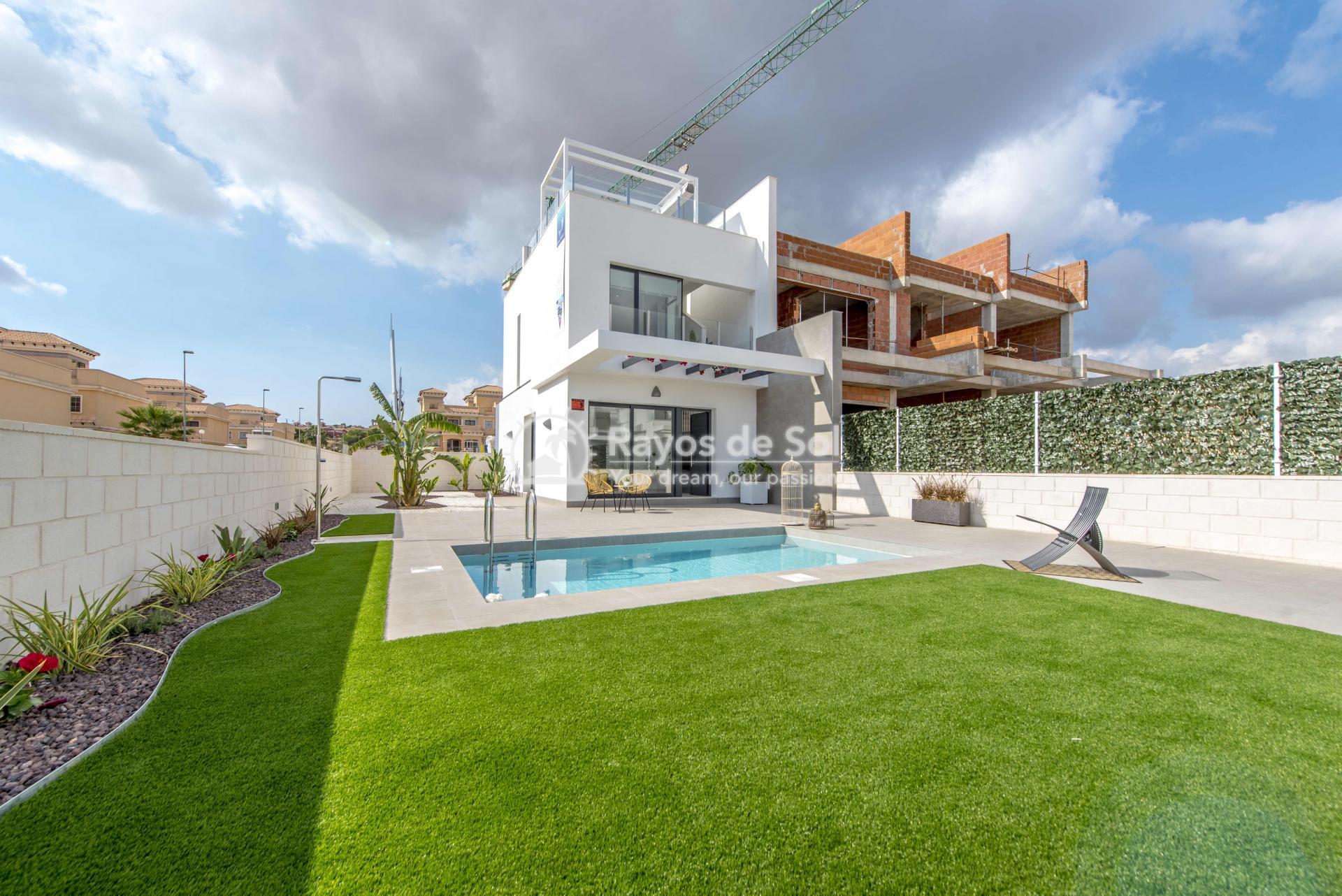 Modern villa  in Villamartin, Costa Blanca (VIHEH3-3) - 41