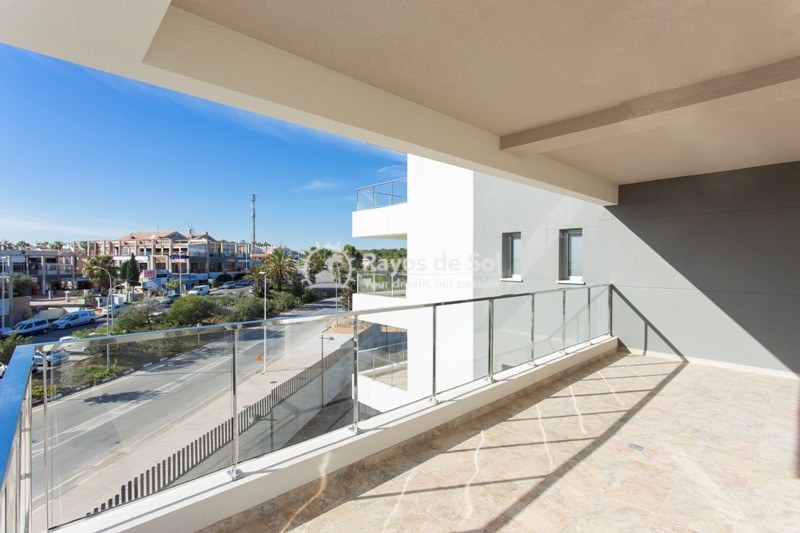 Apartment  in Villamartin, Costa Blanca (VIURGH3-2A) - 9