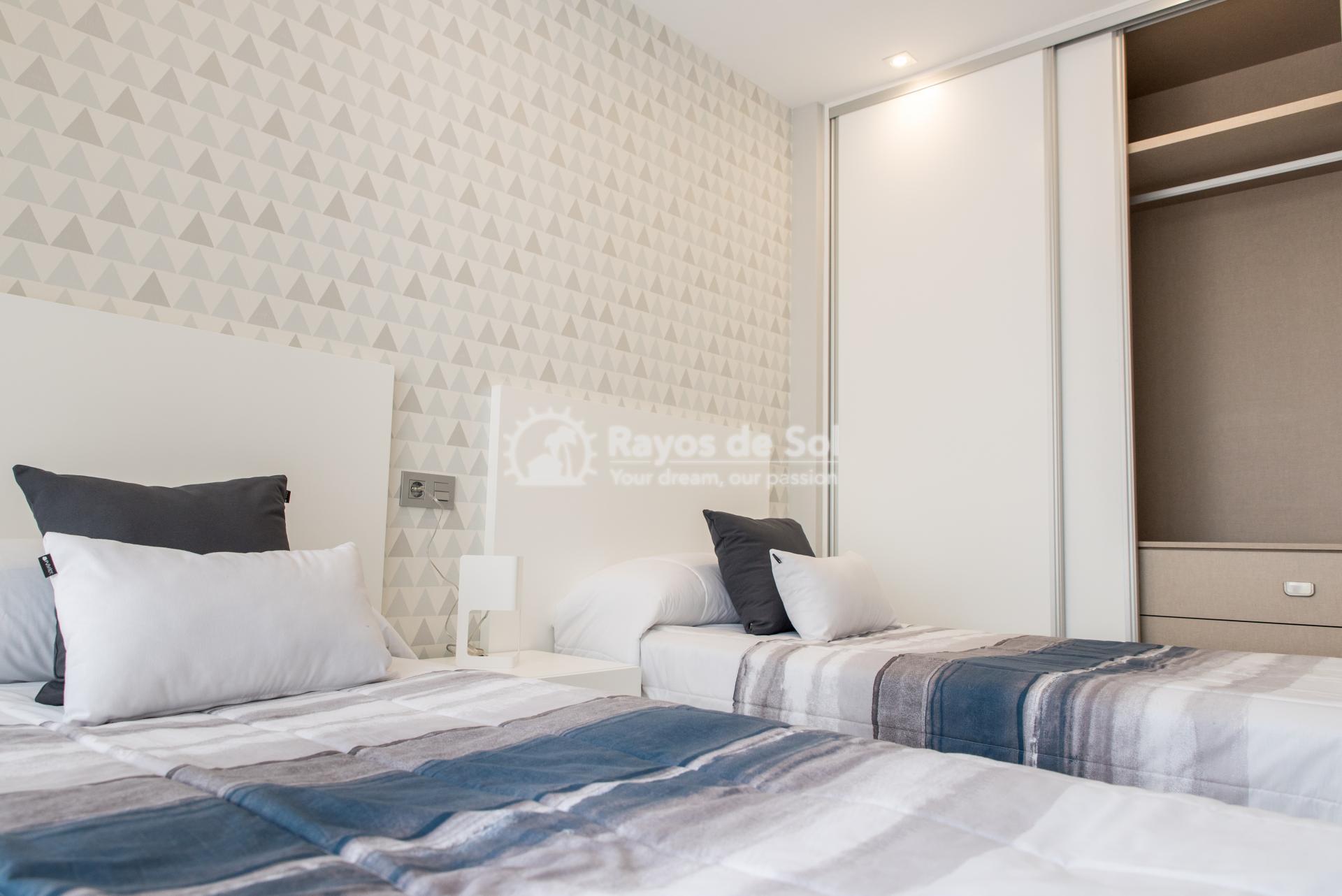 Modern villa  in Villamartin, Costa Blanca (VIINGH3-3) - 15