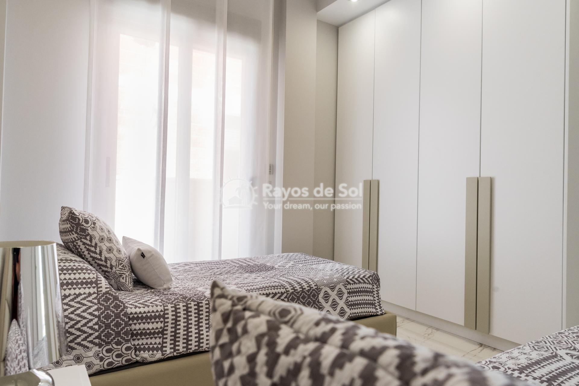 Modern villa  in Villamartin, Costa Blanca (VIINPP3-2) - 25