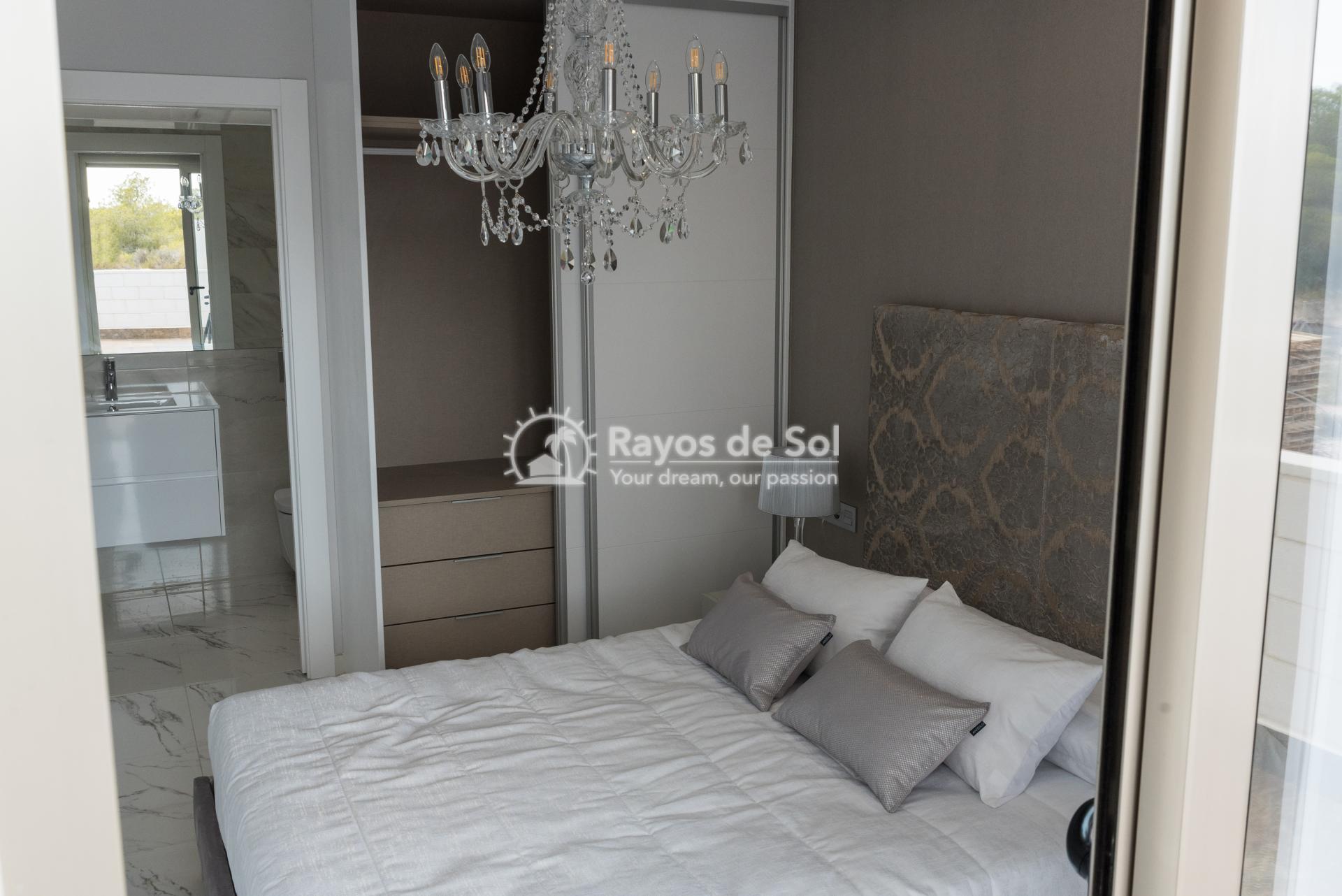 Modern villa  in Villamartin, Costa Blanca (VIINPPD3-3) - 28
