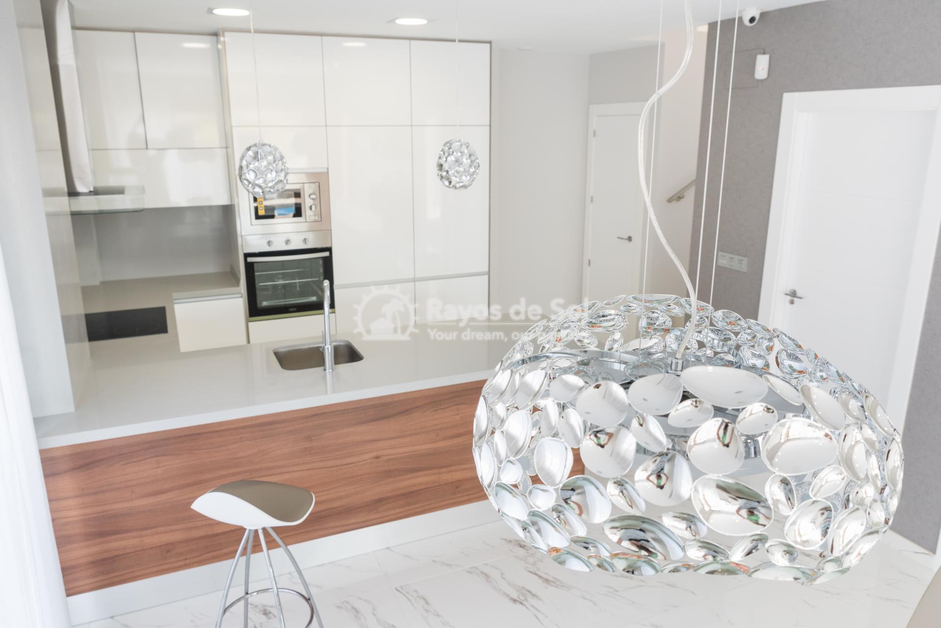 Modern villa  in Villamartin, Costa Blanca (VIINPPD3-3) - 13