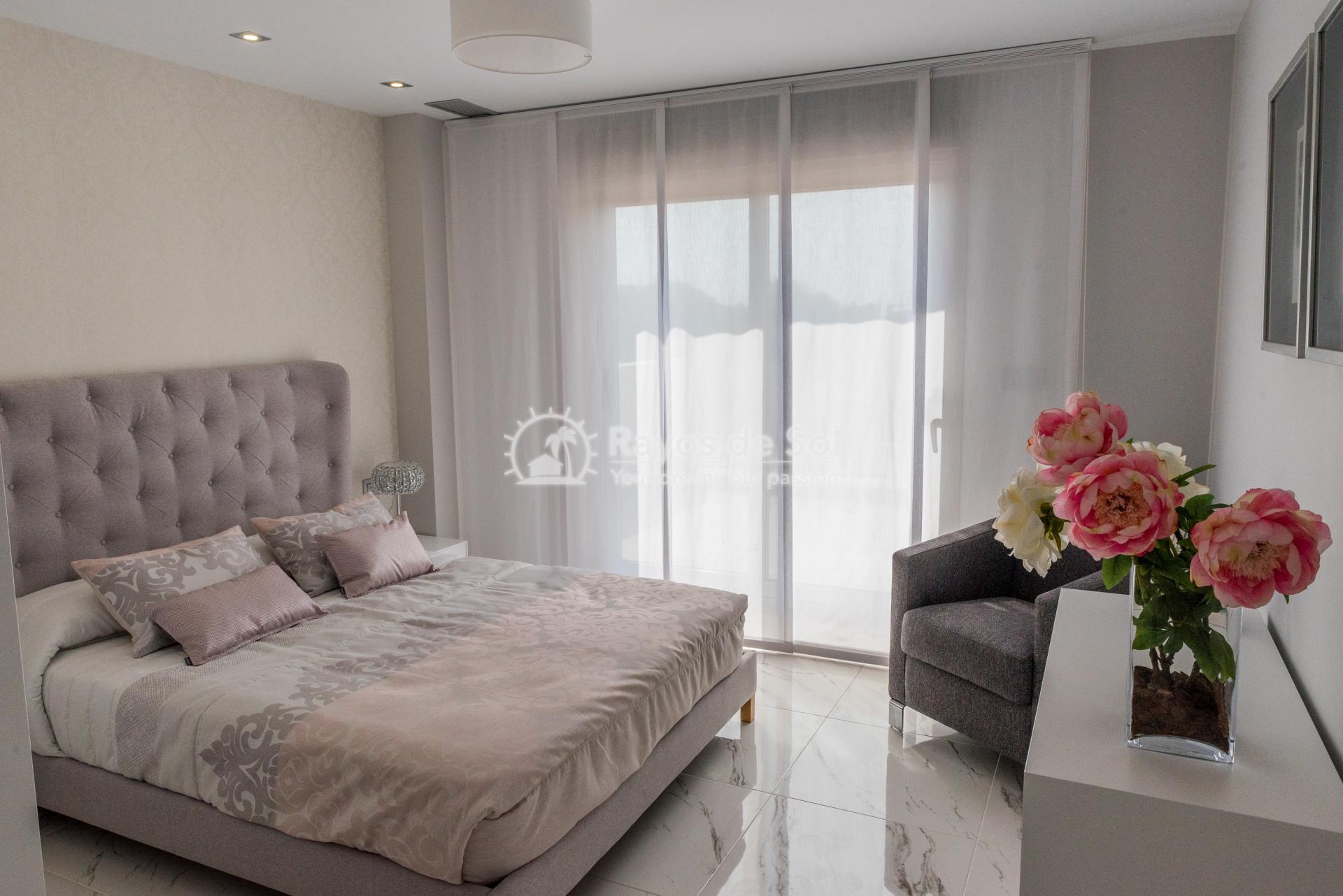 Modern villa  in Villamartin, Costa Blanca (VIINPPD3-3) - 38