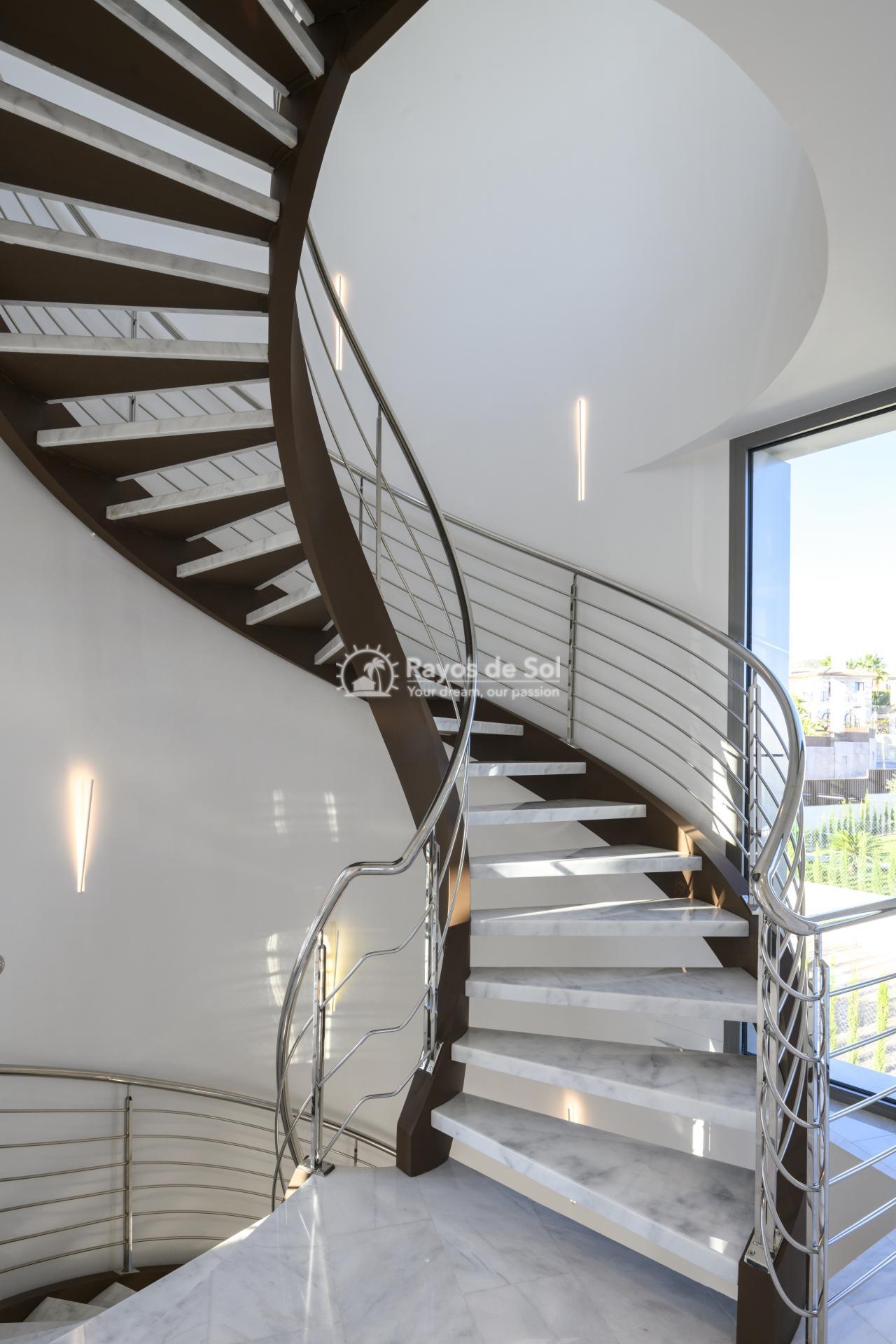 Stunning modern design villa  in Sierra Cortina, Finestrat, Costa Blanca (Praga 19) - 19
