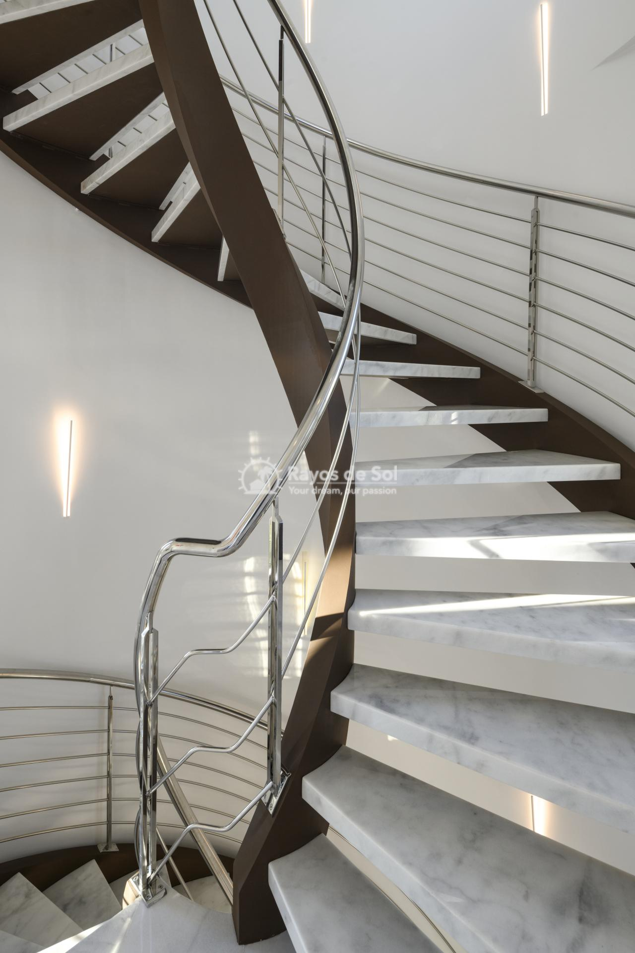 Stunning modern design villa  in Sierra Cortina, Finestrat, Costa Blanca (Praga 19) - 18