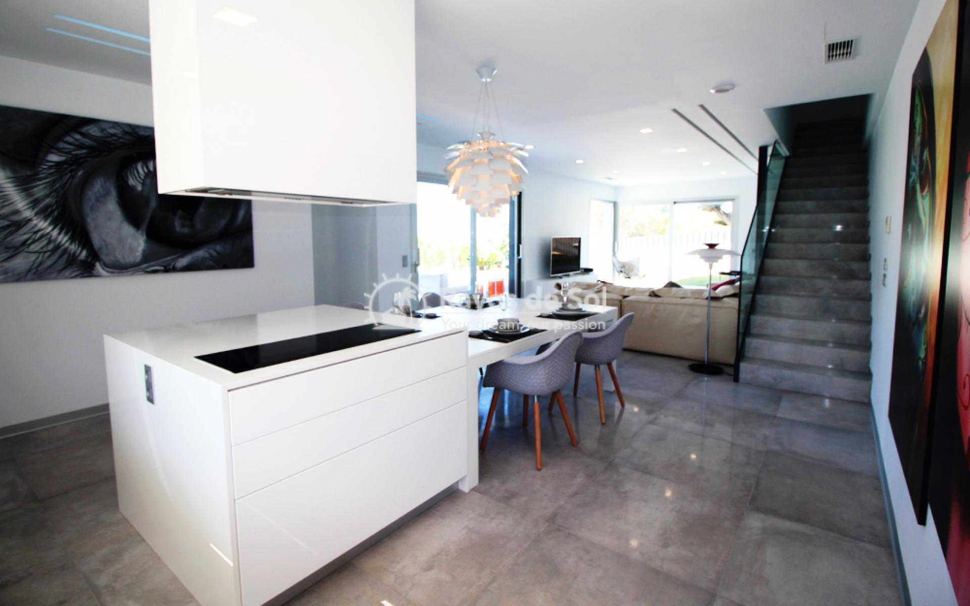 Detached villa  in Sierra Cortina, Finestrat, Costa Blanca (FIMPVI3-3) - 10