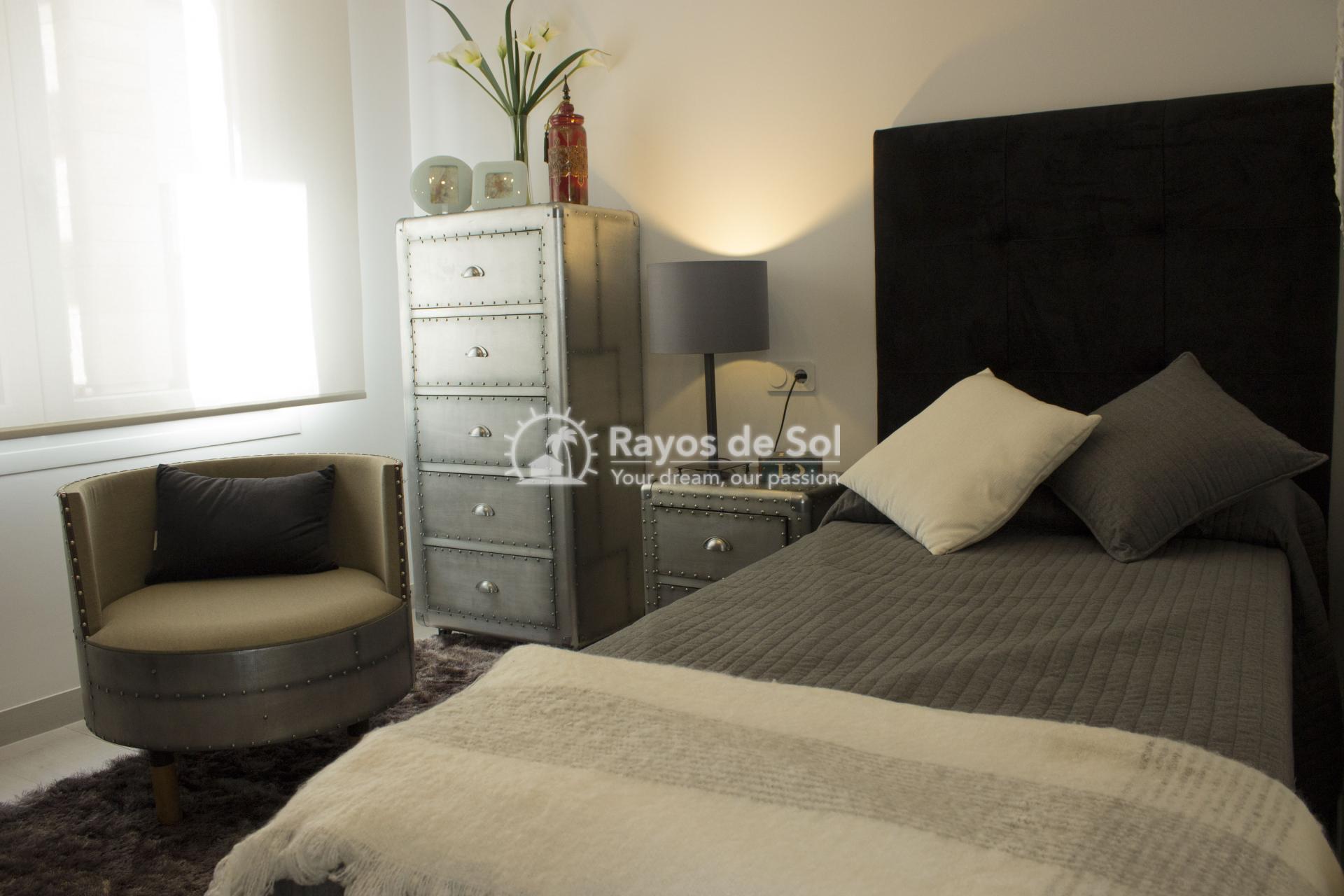 Single storey villa in La finca Golf, Algorfa, Costa Blanca (LFTRLFE) - 11