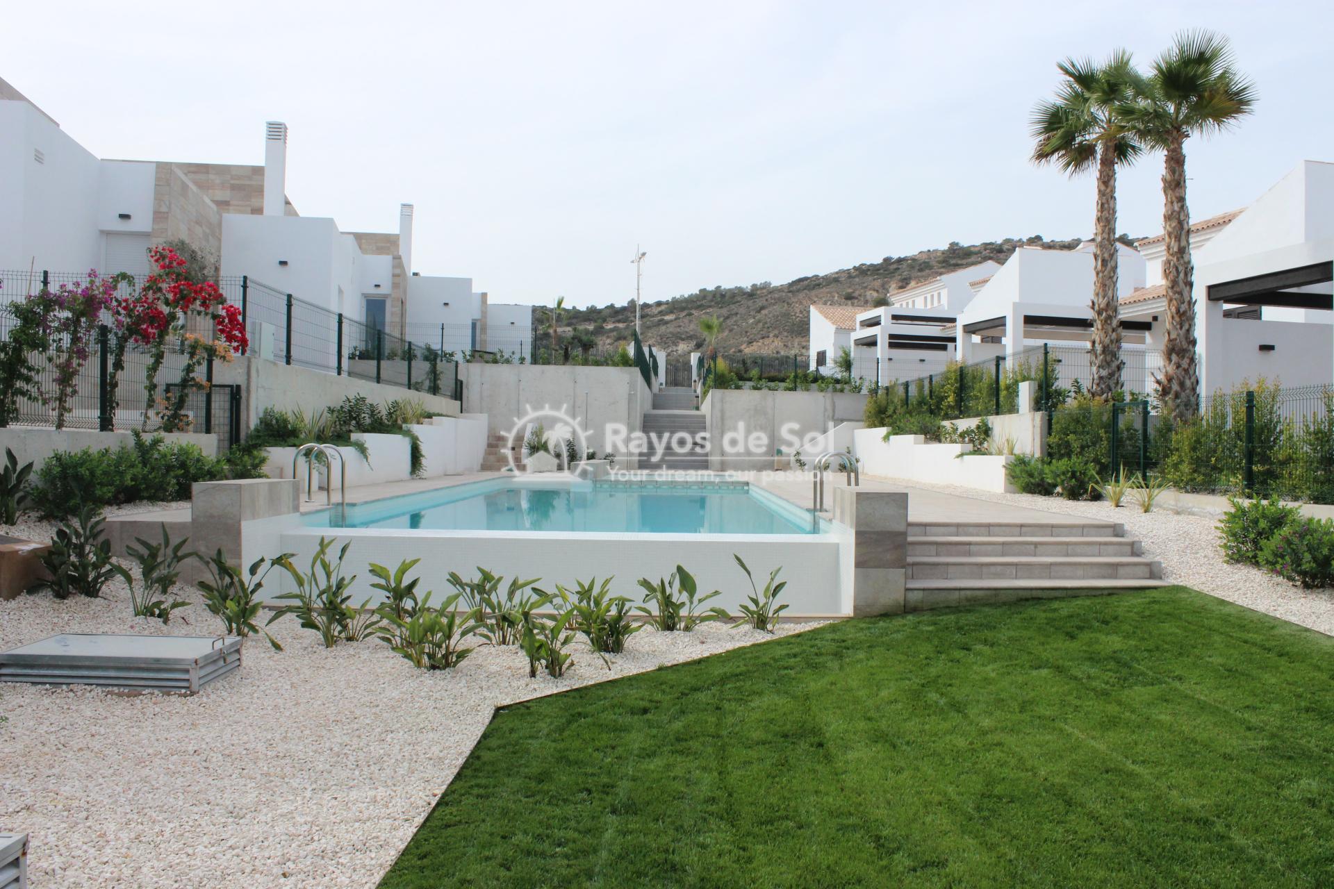 Single storey villa in La finca Golf, Algorfa, Costa Blanca (LFTRLFE) - 13