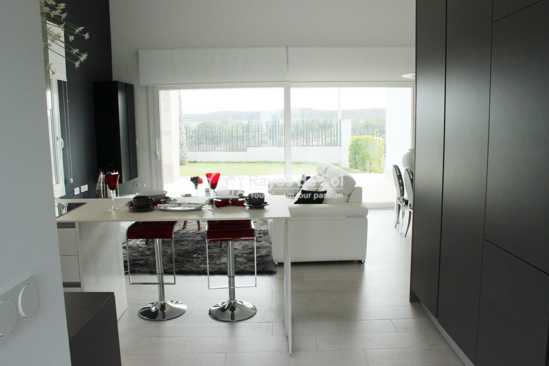 Single storey villa in La finca Golf, Algorfa, Costa Blanca (LFTRLFE) - 4