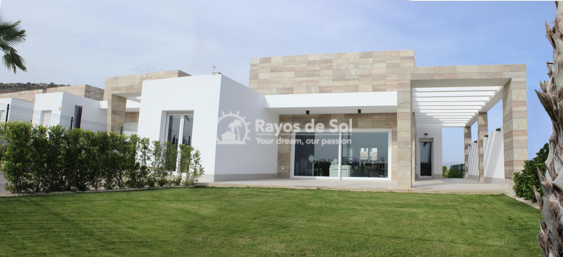 Single storey villa on La Finca golf in Algorfa, Costa Blanca (LFTRLFE) - 1