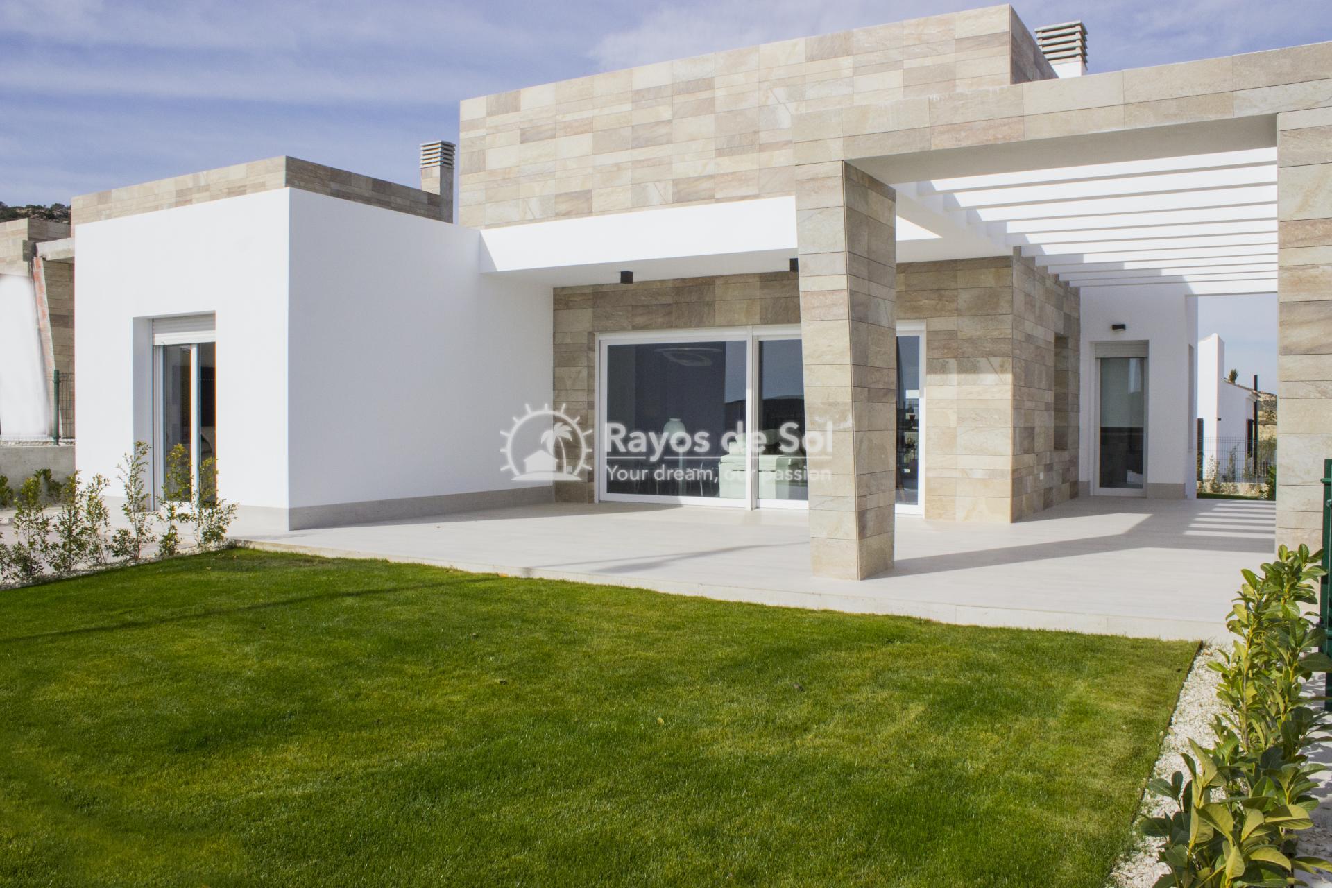 Single storey villa on La Finca golf in Algorfa, Costa Blanca (LFTRLFE) - 3