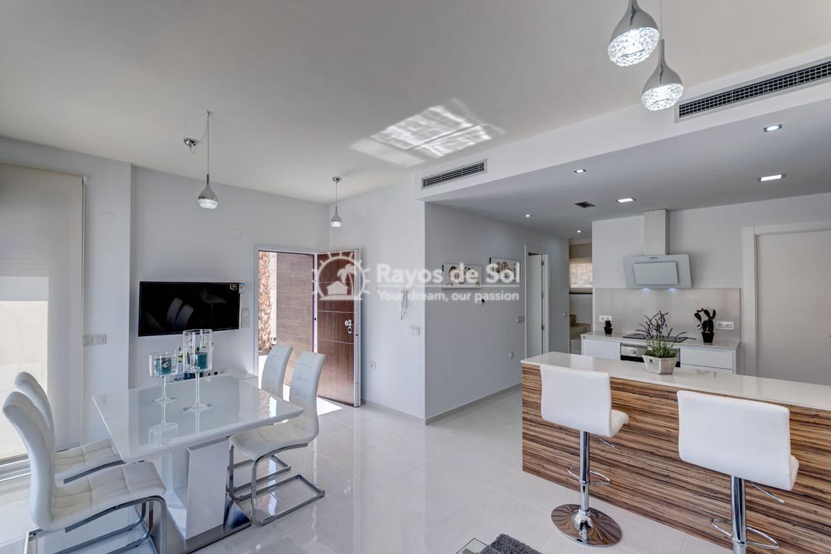 Villa  in Villamartin, Costa Blanca (VILHMIII3-3) - 4