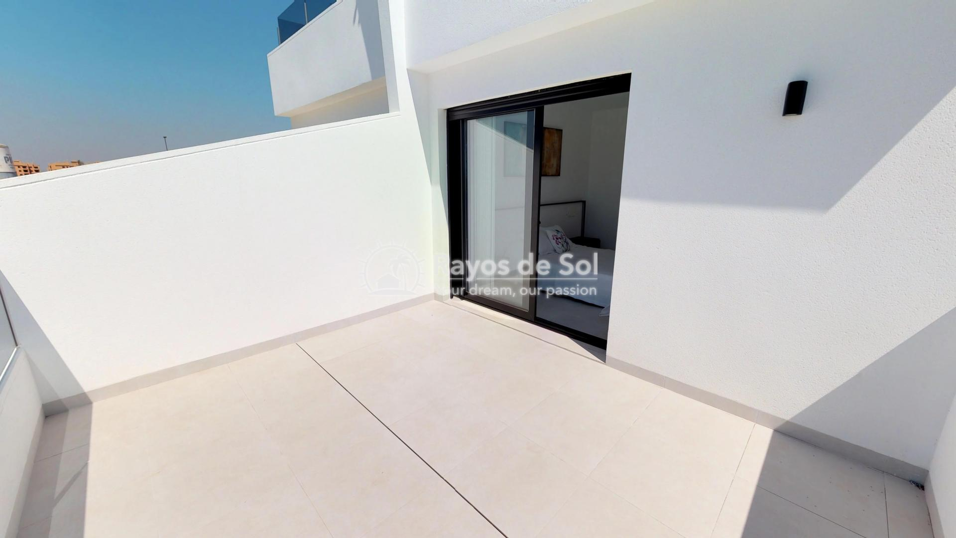 Semi-detached villa  in Los Alcazares, Costa Cálida (LAGUPA2) - 31