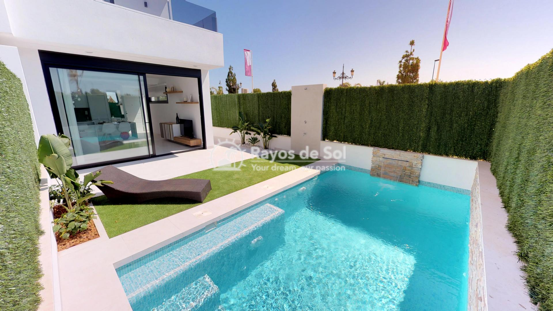 Semi-detached villa  in Los Alcazares, Costa Cálida (LAGUPA2) - 1