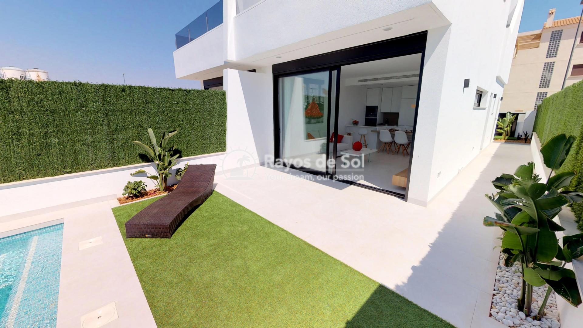 Semi-detached villa  in Los Alcazares, Costa Cálida (LAGUPA2) - 16