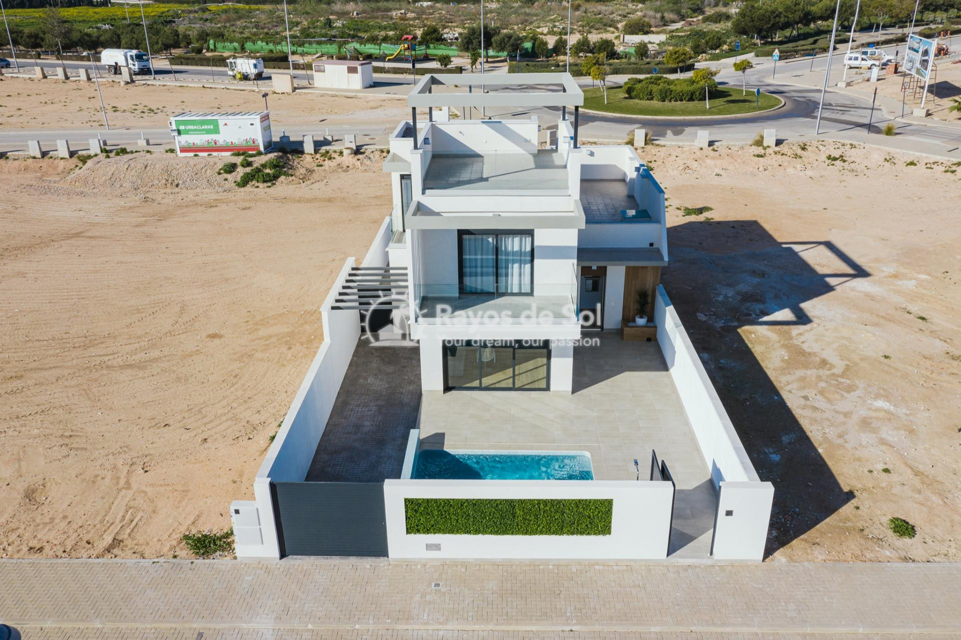Detached Villa  in Roda, Los Alcazares, Costa Cálida (ROUCRV) - 30