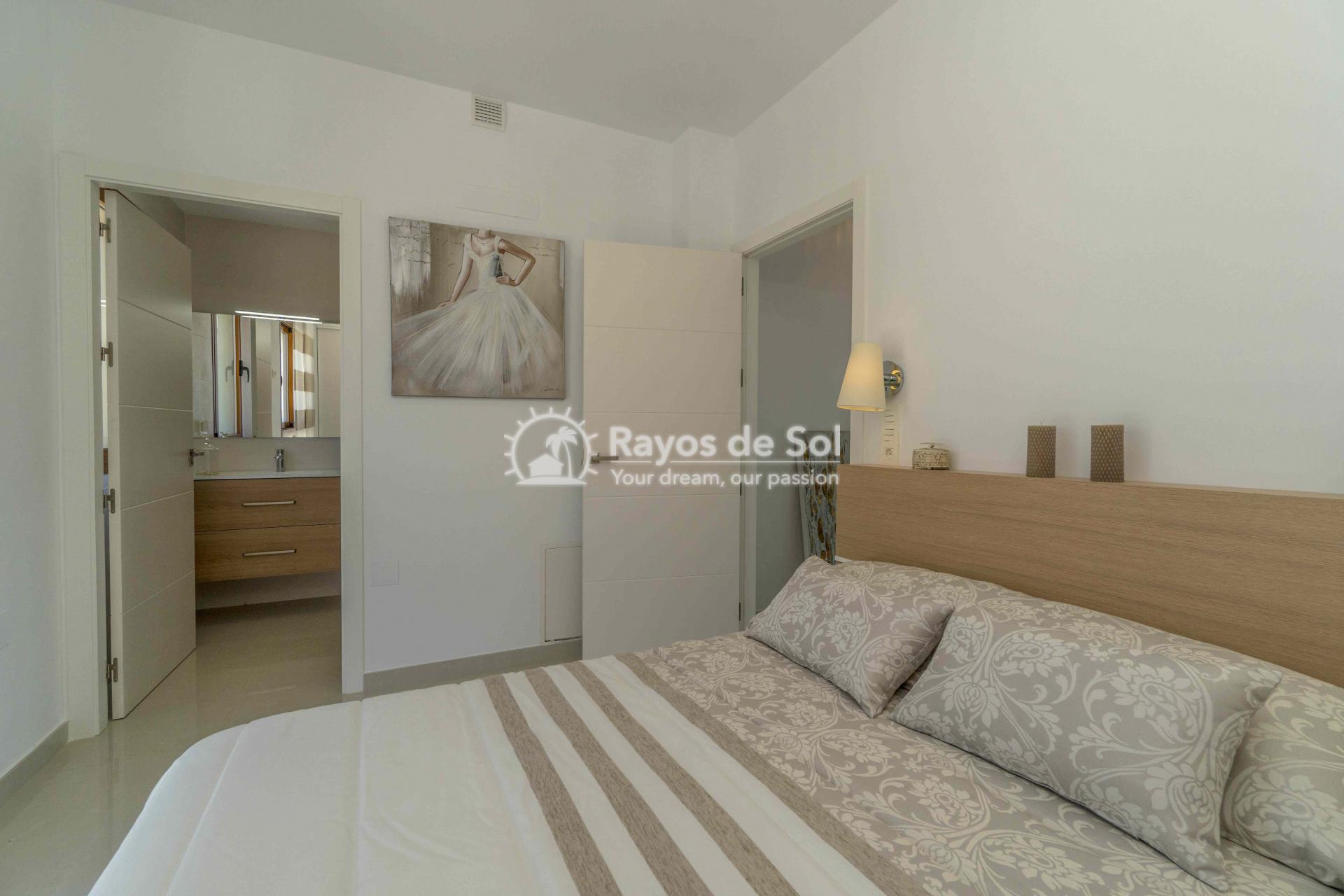 Villa  in Torrevieja, Costa Blanca (thevillage) - 36