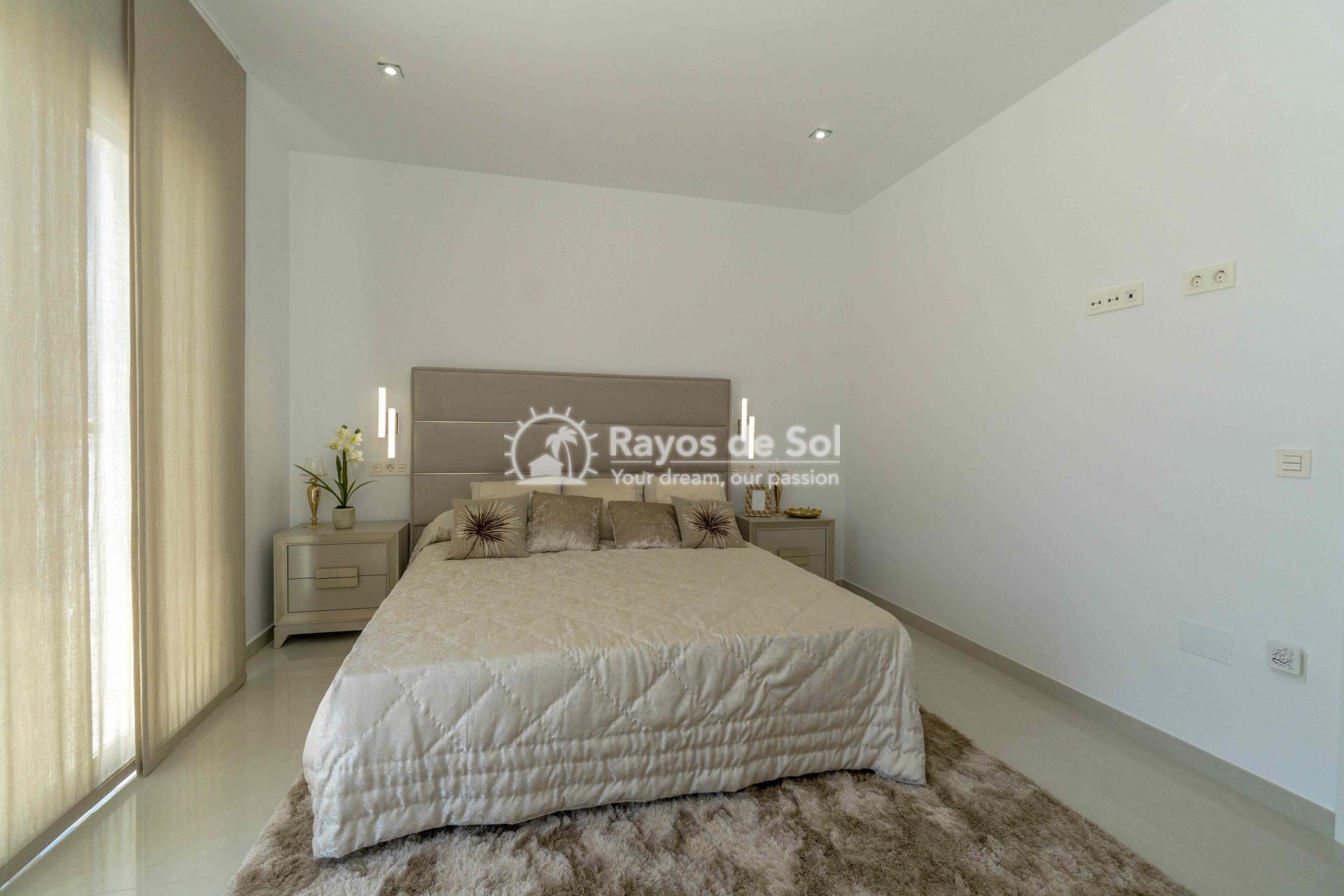 Villa  in Torrevieja, Costa Blanca (thevillage) - 47