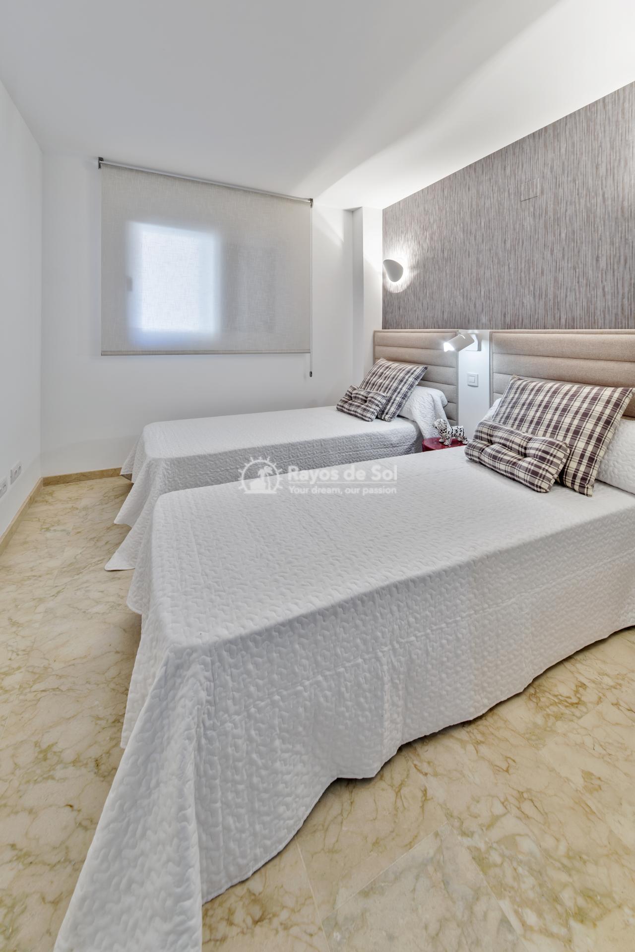 Apartment  in Punta Prima, Orihuela Costa, Costa Blanca (recoleta3-3d) - 18
