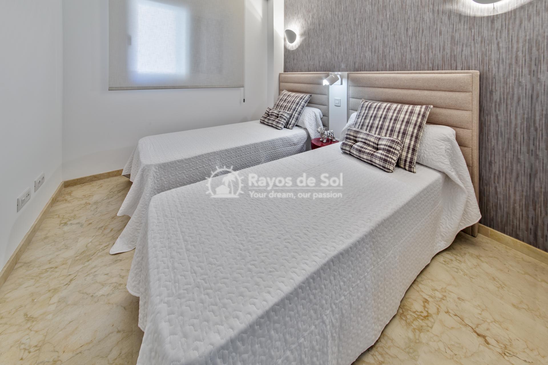 Apartment  in Punta Prima, Orihuela Costa, Costa Blanca (recoleta3-3d) - 19