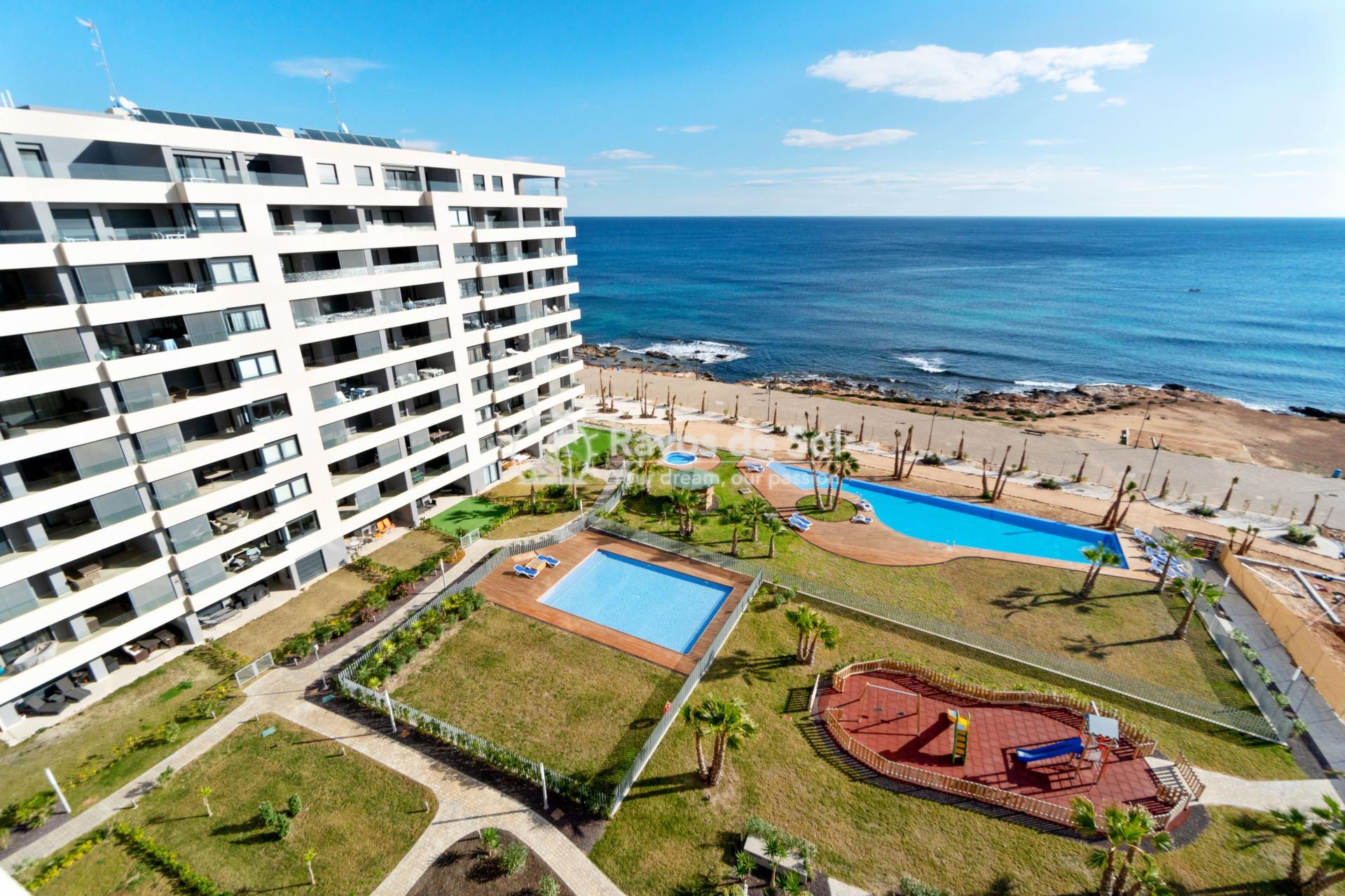Penthouse  in Punta Prima, Orihuela Costa, Costa Blanca (panoramam-2d-PH) - 12