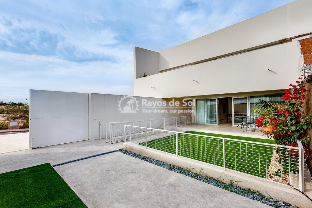 Ground Floor Apartment  in Torrevieja, Costa Blanca (mirasal-gf-3d) - 24