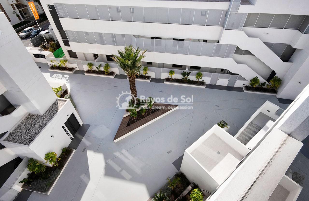 Penthouse  in Finestrat, Costa Blanca (medviews2-ph) - 37