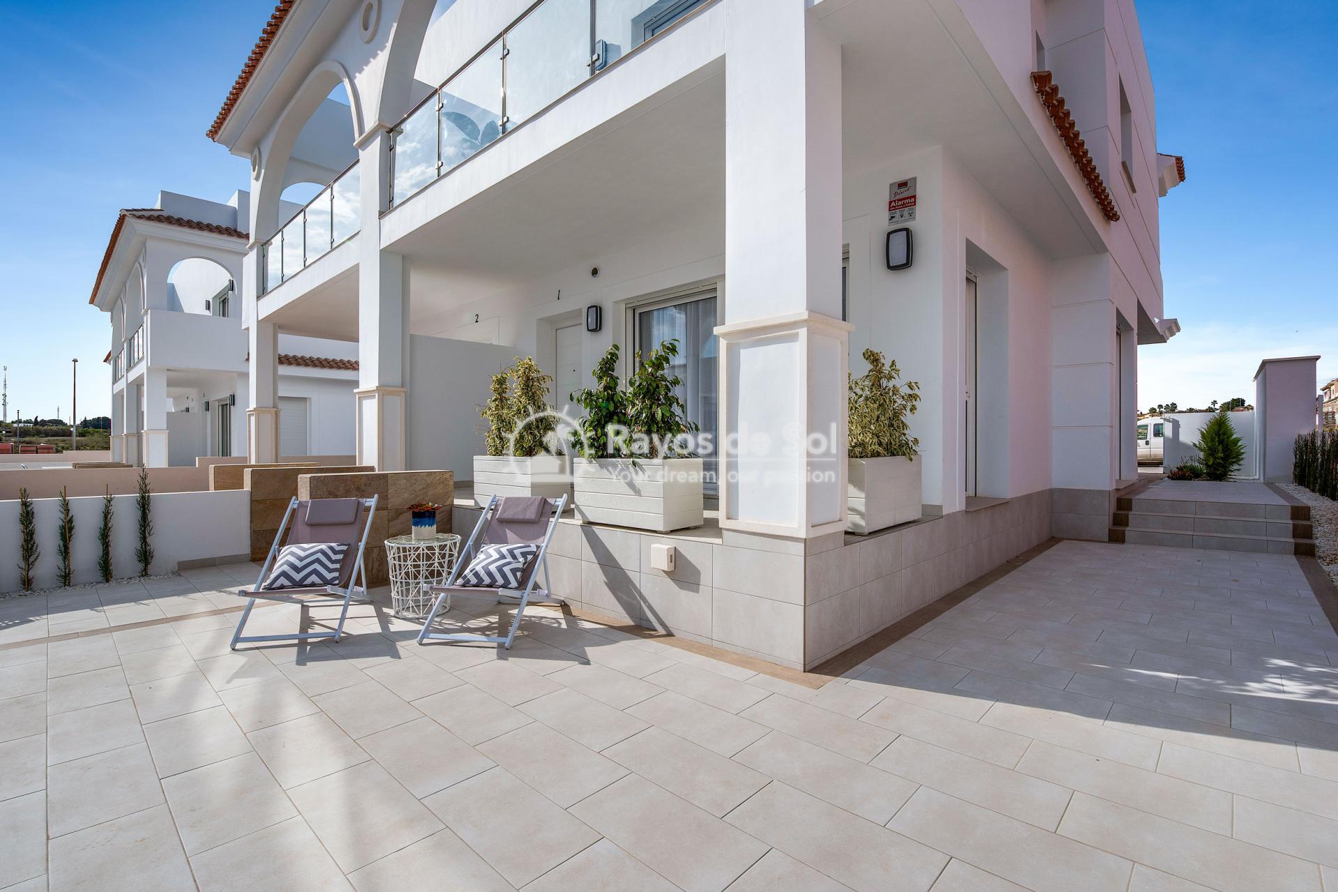 Semi-detached villa  in Doña Pepa, Ciudad Quesada, Costa Blanca (Riva Ivory 5-5) - 12