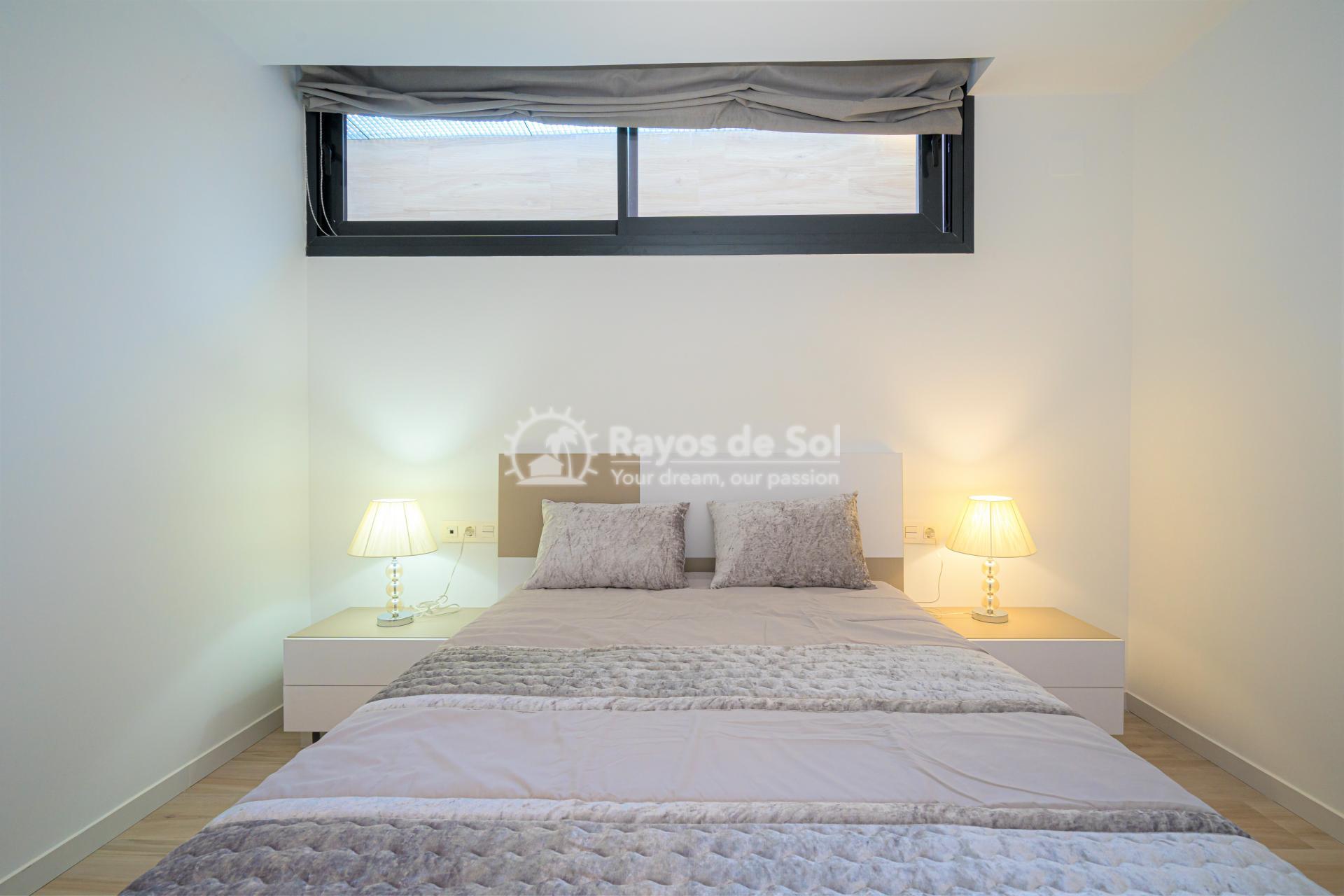 Villa  in Cabo Roig, Orihuela Costa, Costa Blanca (Palm Beach 1 3-3) - 18