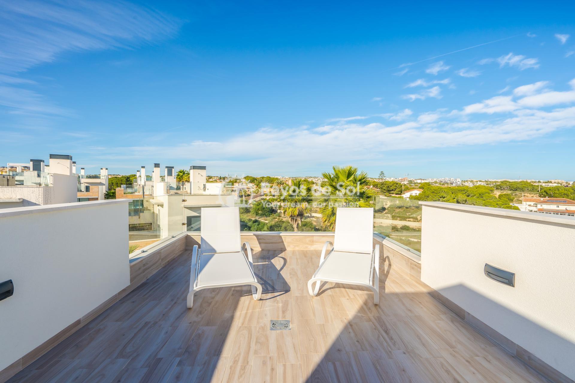Villa  in Cabo Roig, Orihuela Costa, Costa Blanca (Palm Beach 1 3-3) - 37