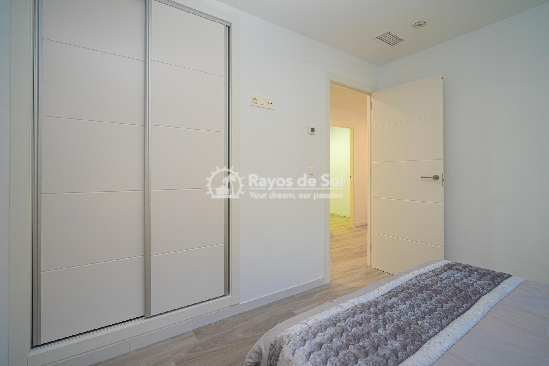 Villa  in Cabo Roig, Orihuela Costa, Costa Blanca (Palm Beach 1 3-3) - 20