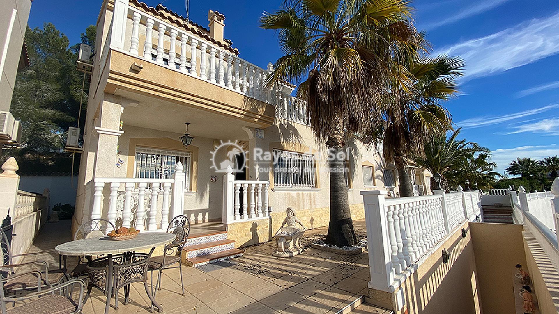 Villa  in Villamartin, Orihuela Costa, Costa Blanca (mp794) - 1