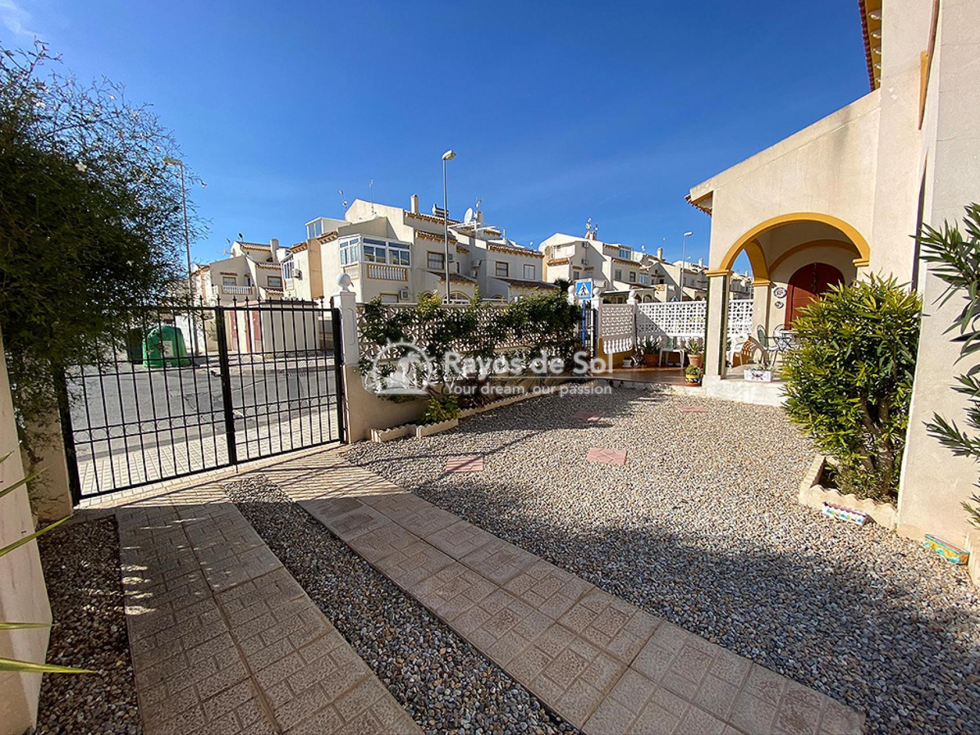 House  in Playa Flamenca, Orihuela Costa, Costa Blanca (mp597) - 24