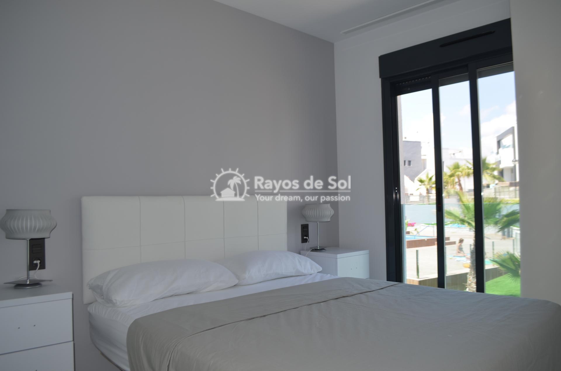 Apartment  in Punta Prima, Orihuela Costa, Costa Blanca (mp2028) - 9