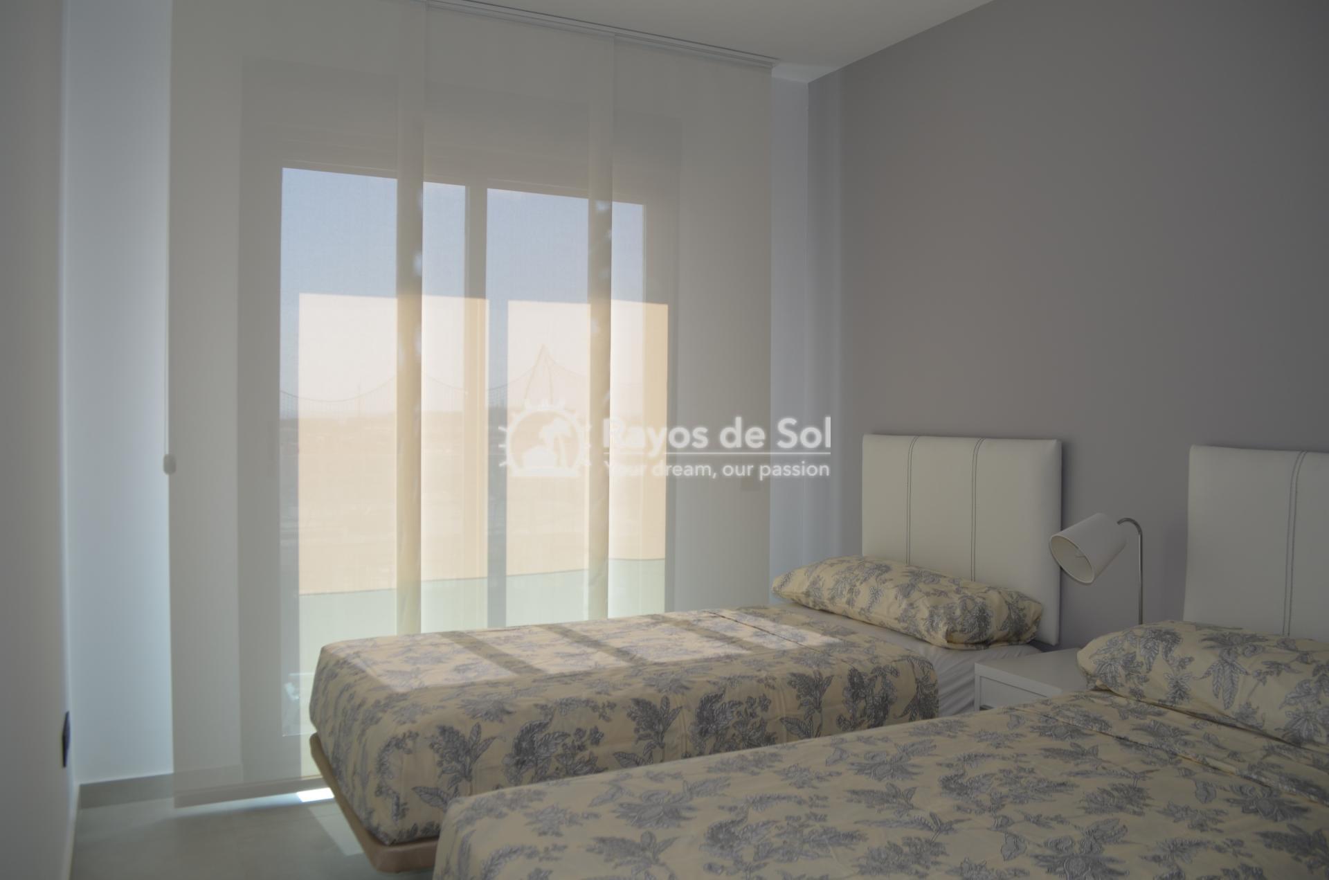 Apartment  in Punta Prima, Orihuela Costa, Costa Blanca (mp2028) - 11