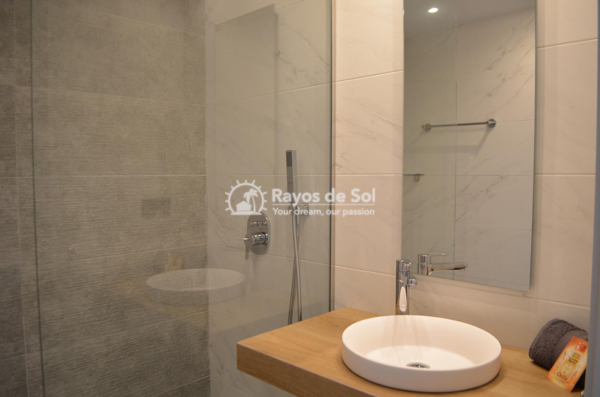 Apartment  in Punta Prima, Orihuela Costa, Costa Blanca (mp2028) - 13